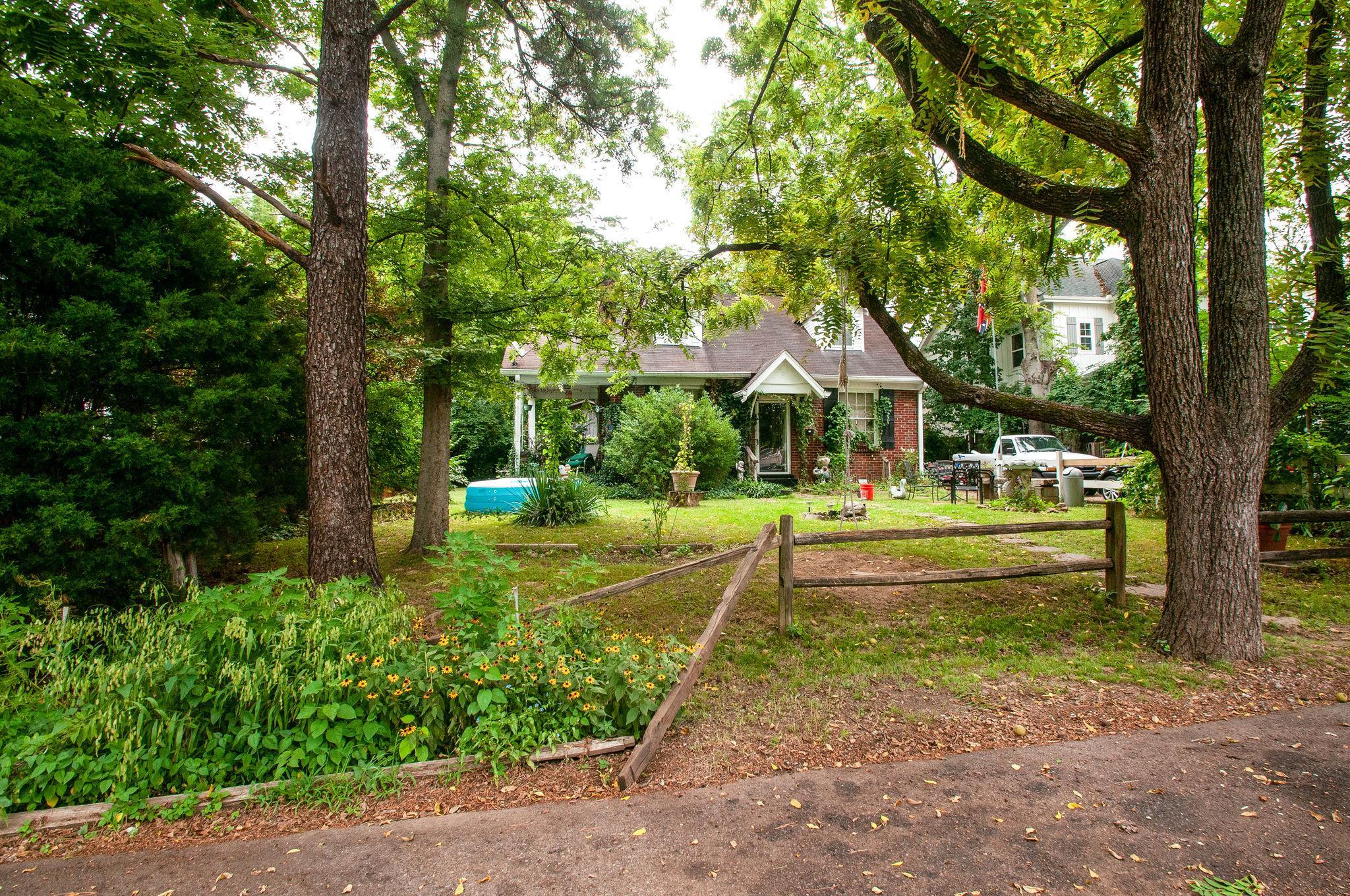 2226 Fox Ave, Nashville, TN 37210 - Nashville, TN real estate listing
