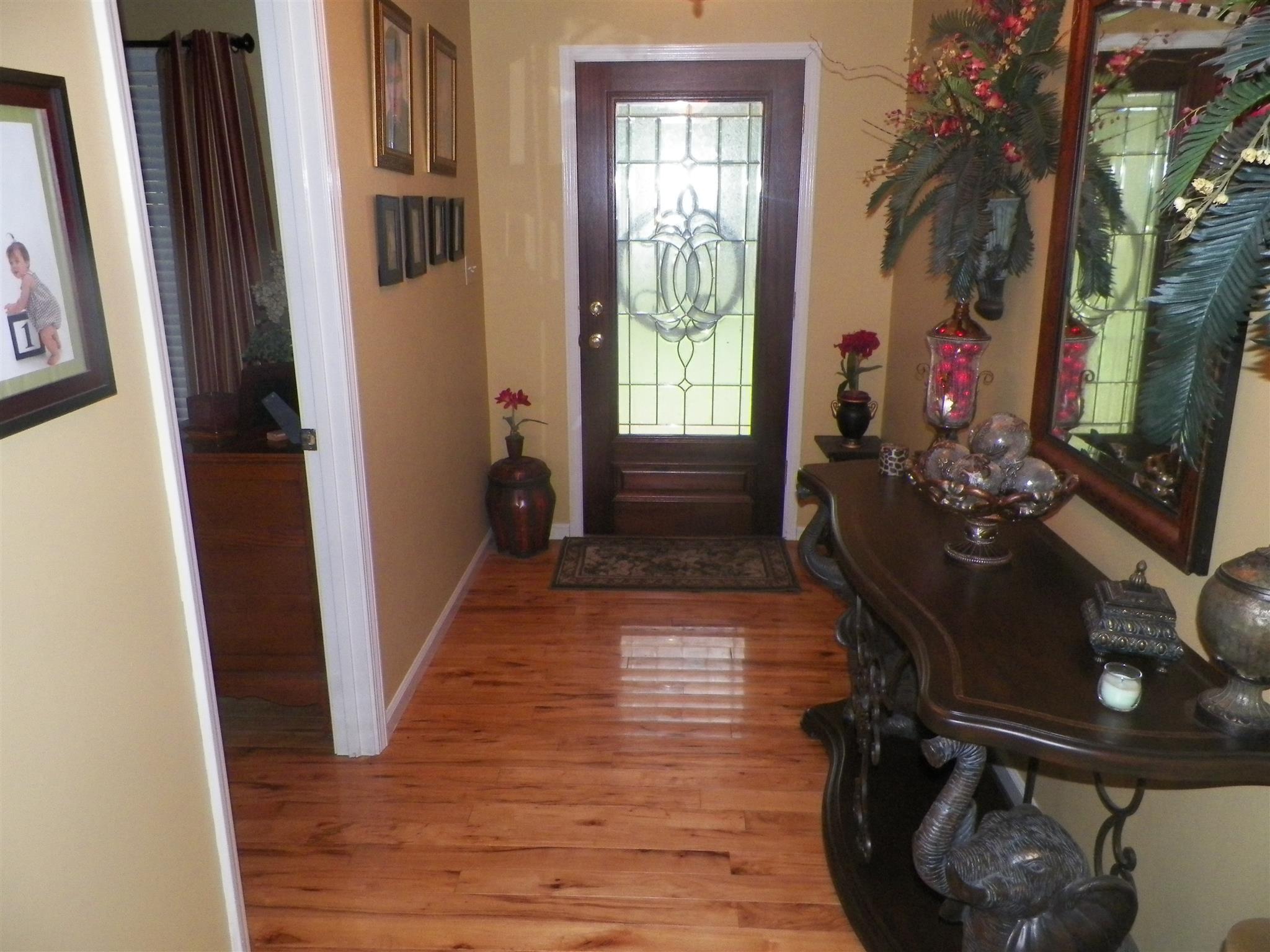 619 Mag A Mor Drive, Lafayette, TN 37083 - Lafayette, TN real estate listing
