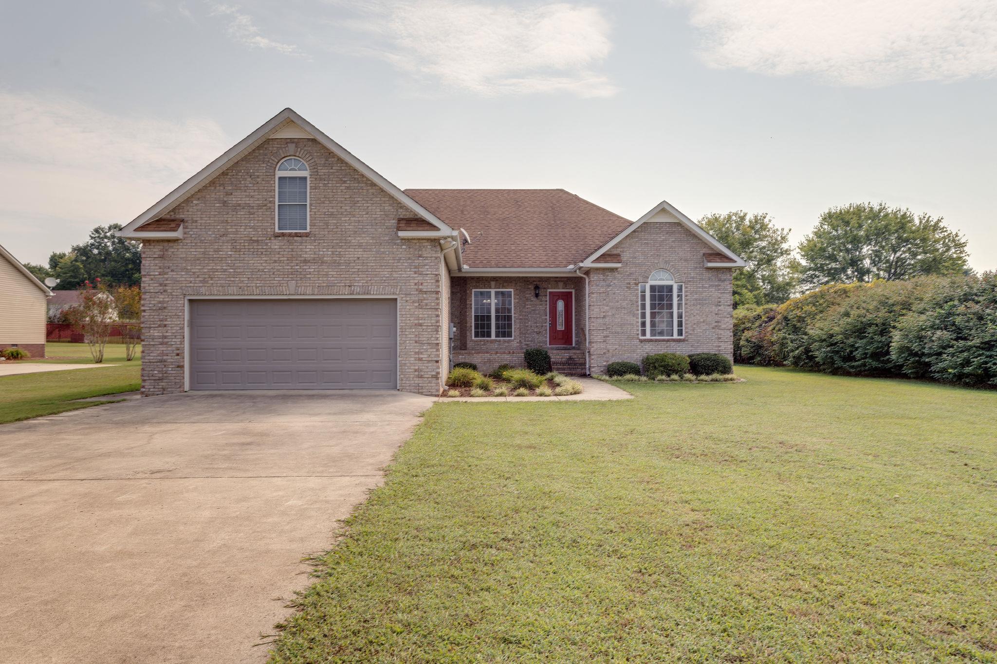 226 Lakeview Dr, Decherd, TN 37324 - Decherd, TN real estate listing