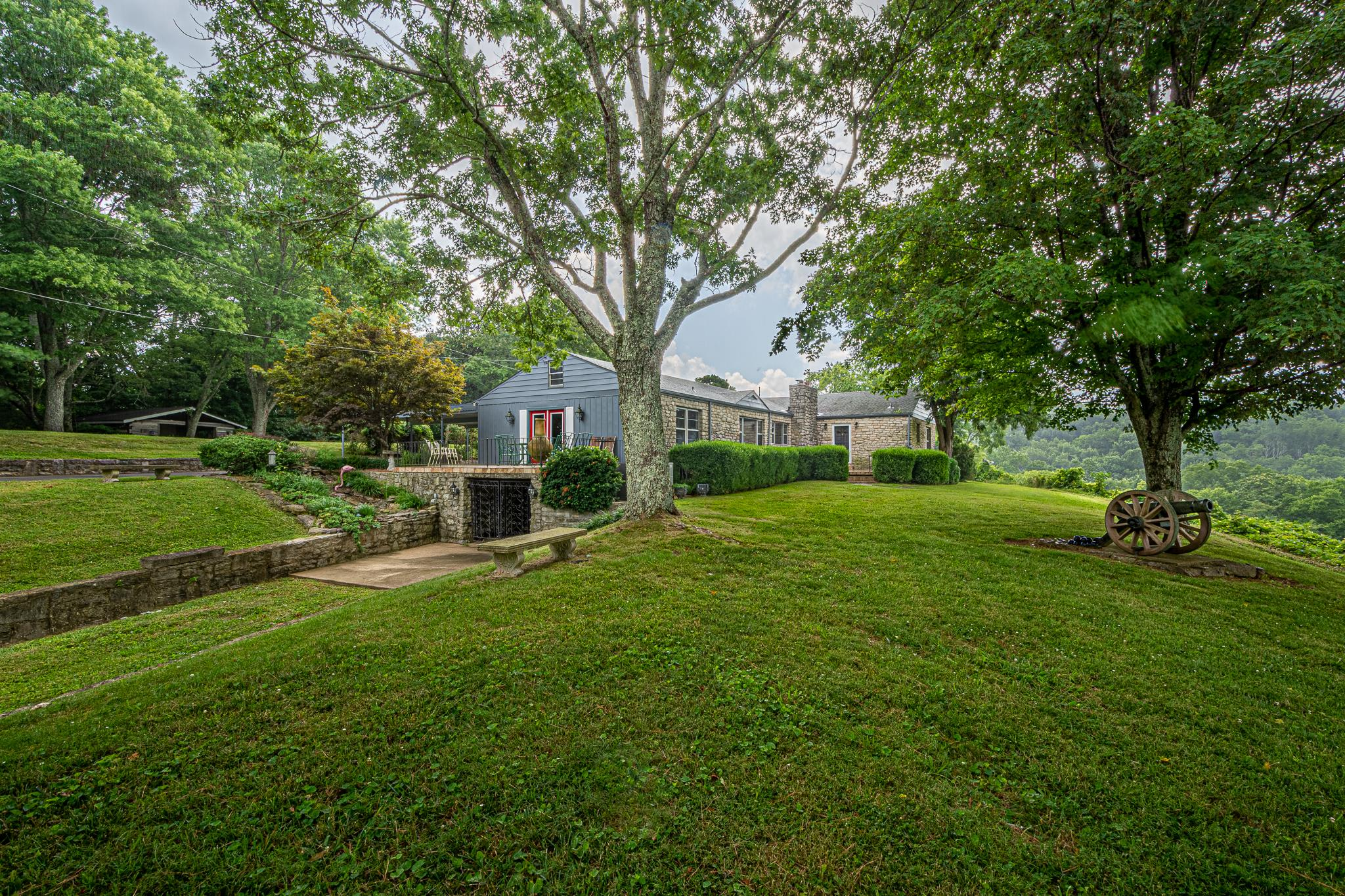 1310 E College St, Pulaski, TN 38478 - Pulaski, TN real estate listing