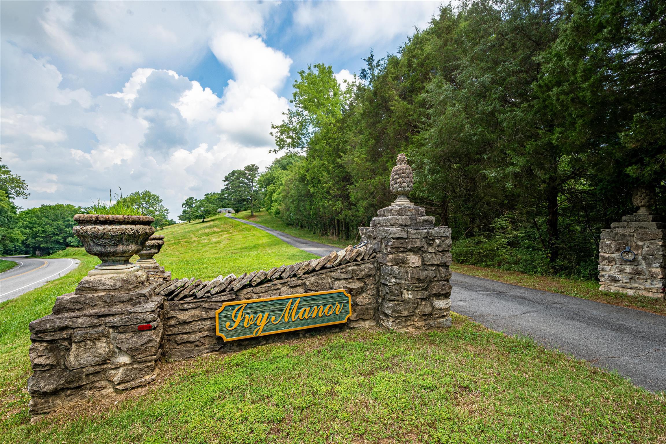 1310 E College St, Pulaski, TN 38478 - Pulaski, TN real estate listing