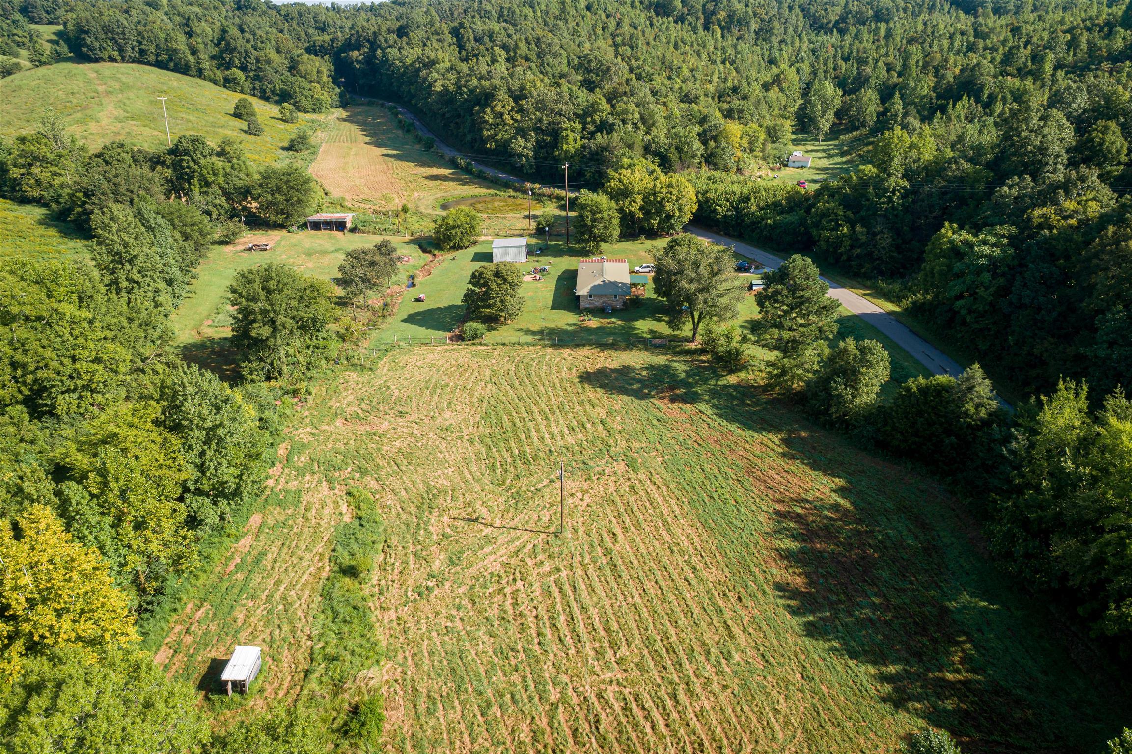 231 Beasley Hollow Rd, Linden, TN 37096 - Linden, TN real estate listing
