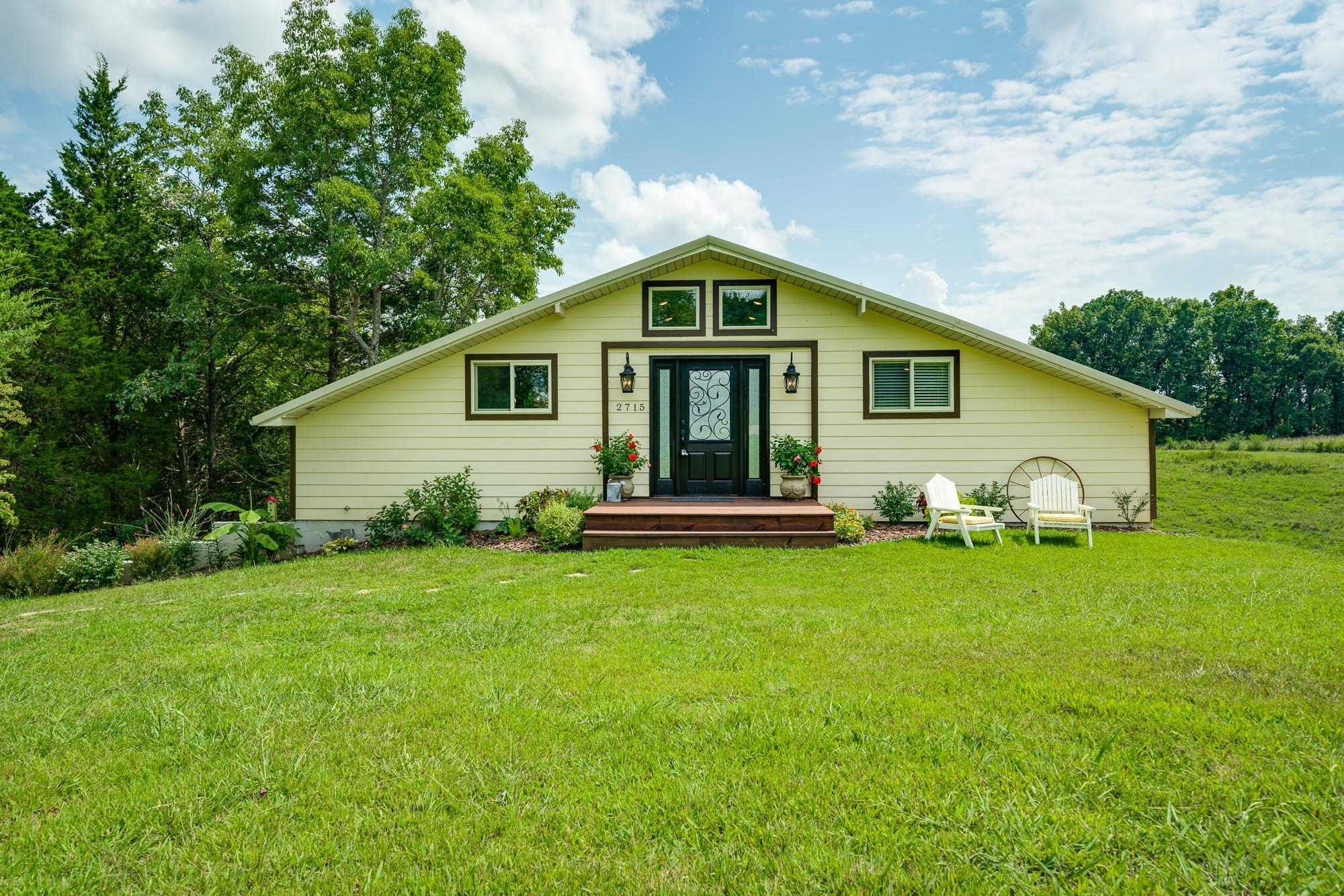 2715 Hilham Highway Property Photo