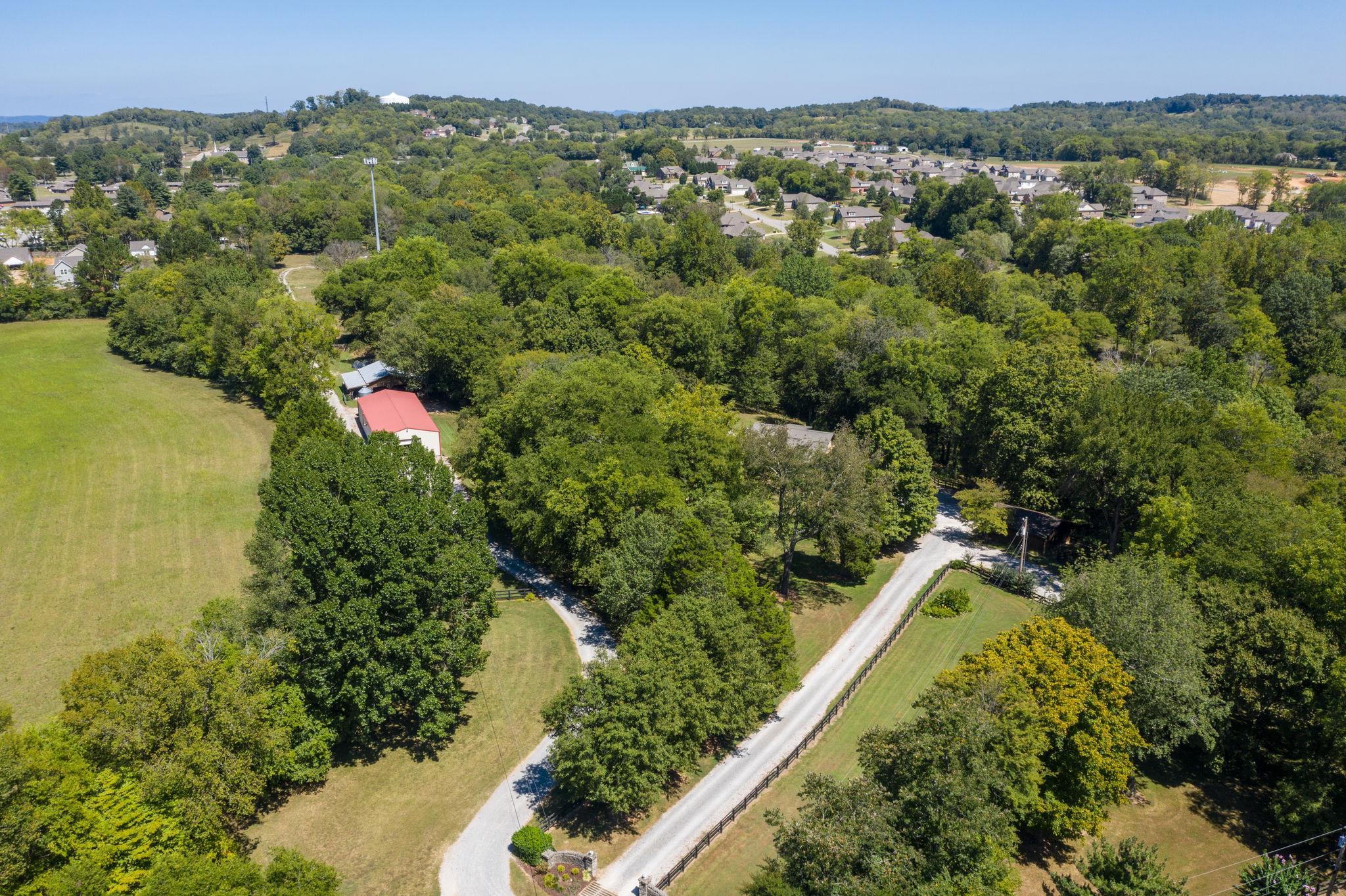 221 Porter Circle, Columbia, TN 38401 - Columbia, TN real estate listing