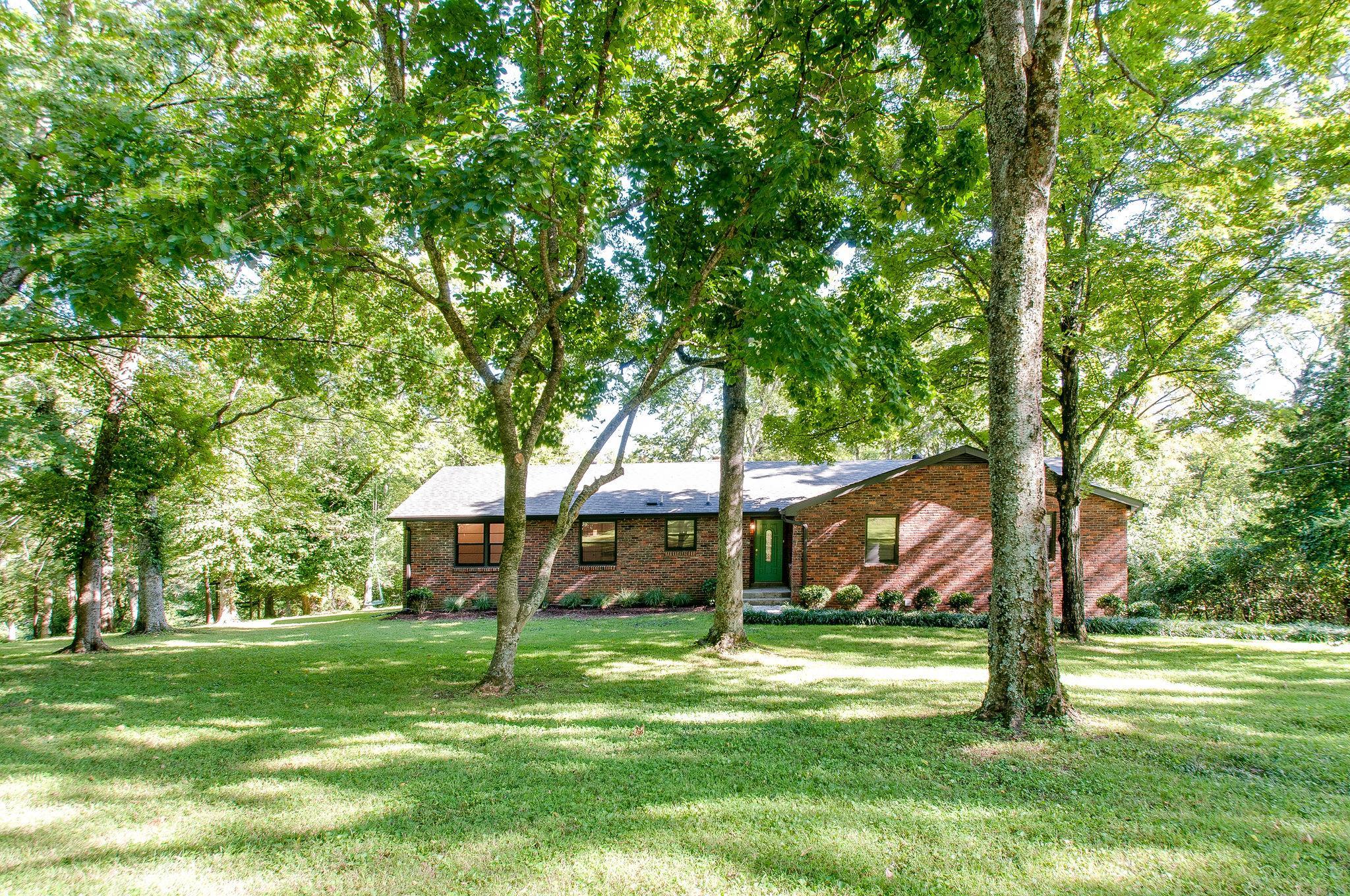 6433 Bresslyn Rd, Nashville, TN 37205 - Nashville, TN real estate listing