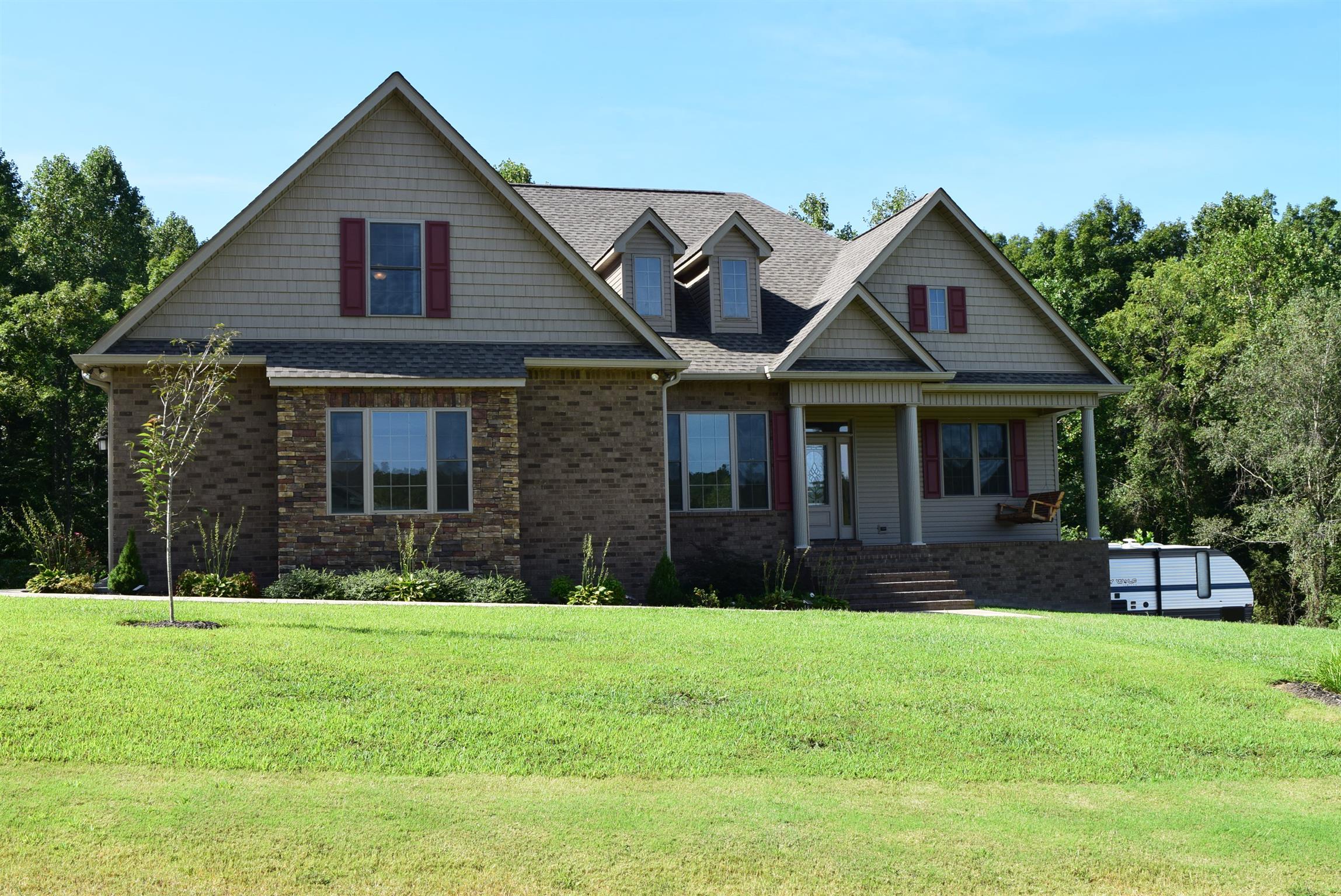 136 Hickory Hills Ln, Tennessee Ridge, TN 37178 - Tennessee Ridge, TN real estate listing