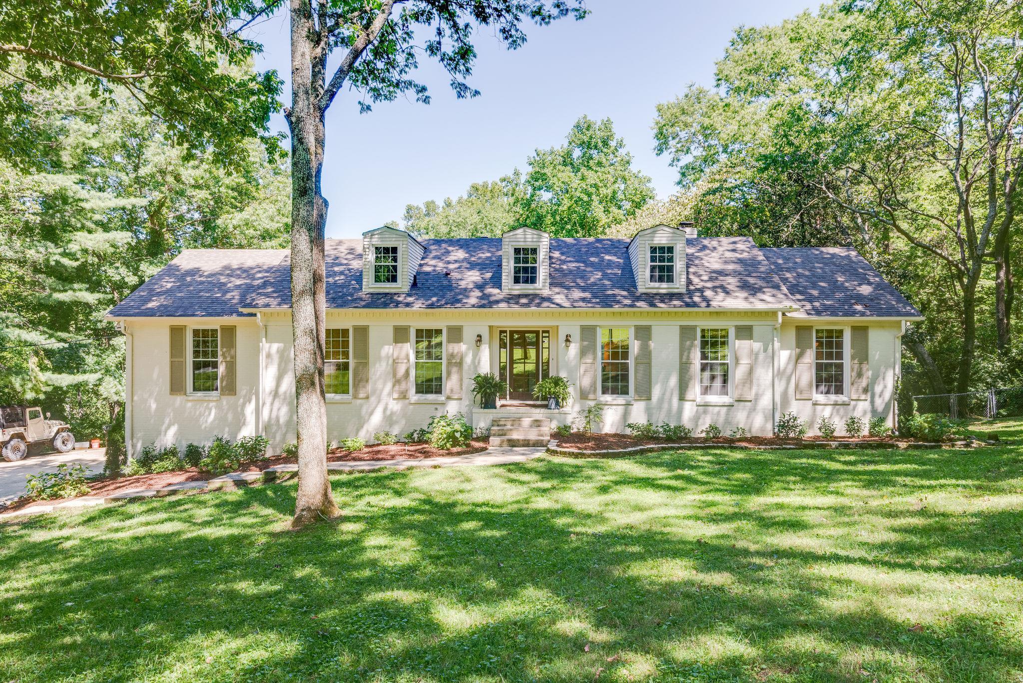 113 Featherstone Dr, Franklin, TN 37069 - Franklin, TN real estate listing