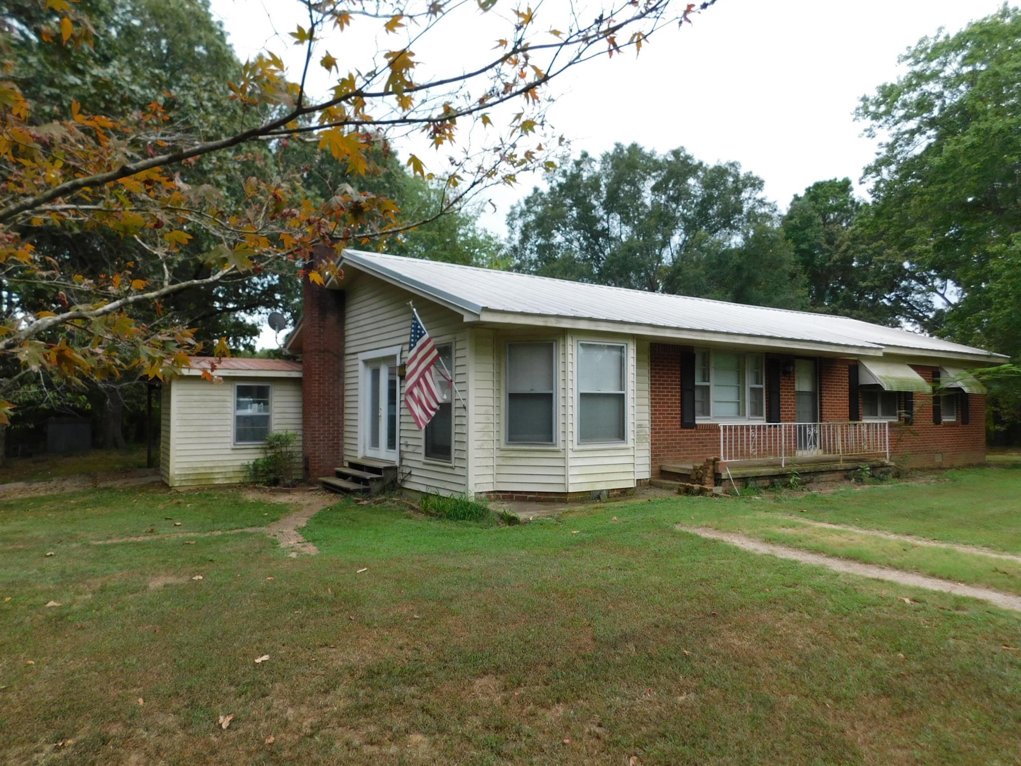 285 Pickens Ln, Adamsville, TN 38310 - Adamsville, TN real estate listing