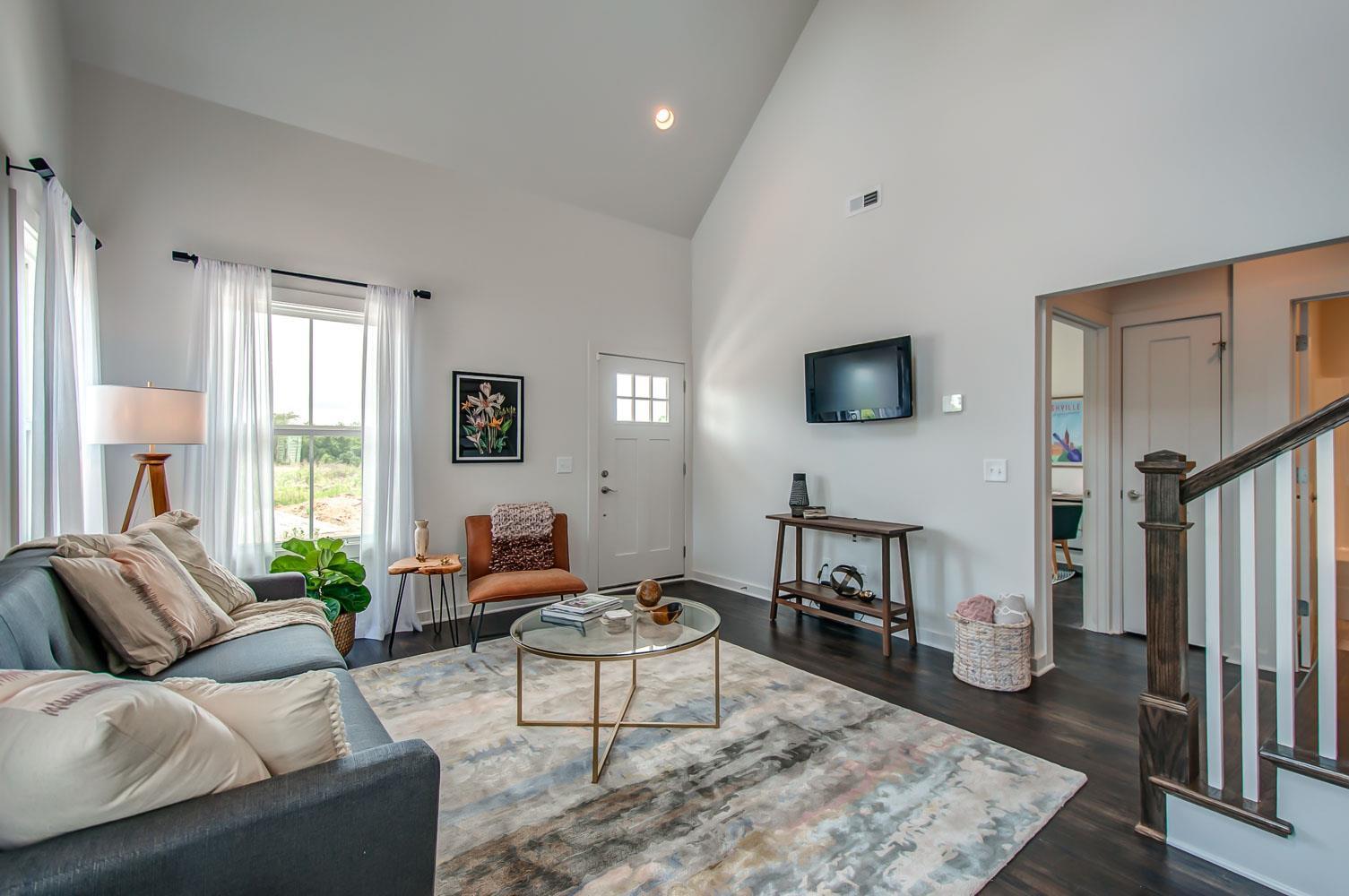 973 Ashland Place Dr, Nashville, TN 37218 - Nashville, TN real estate listing