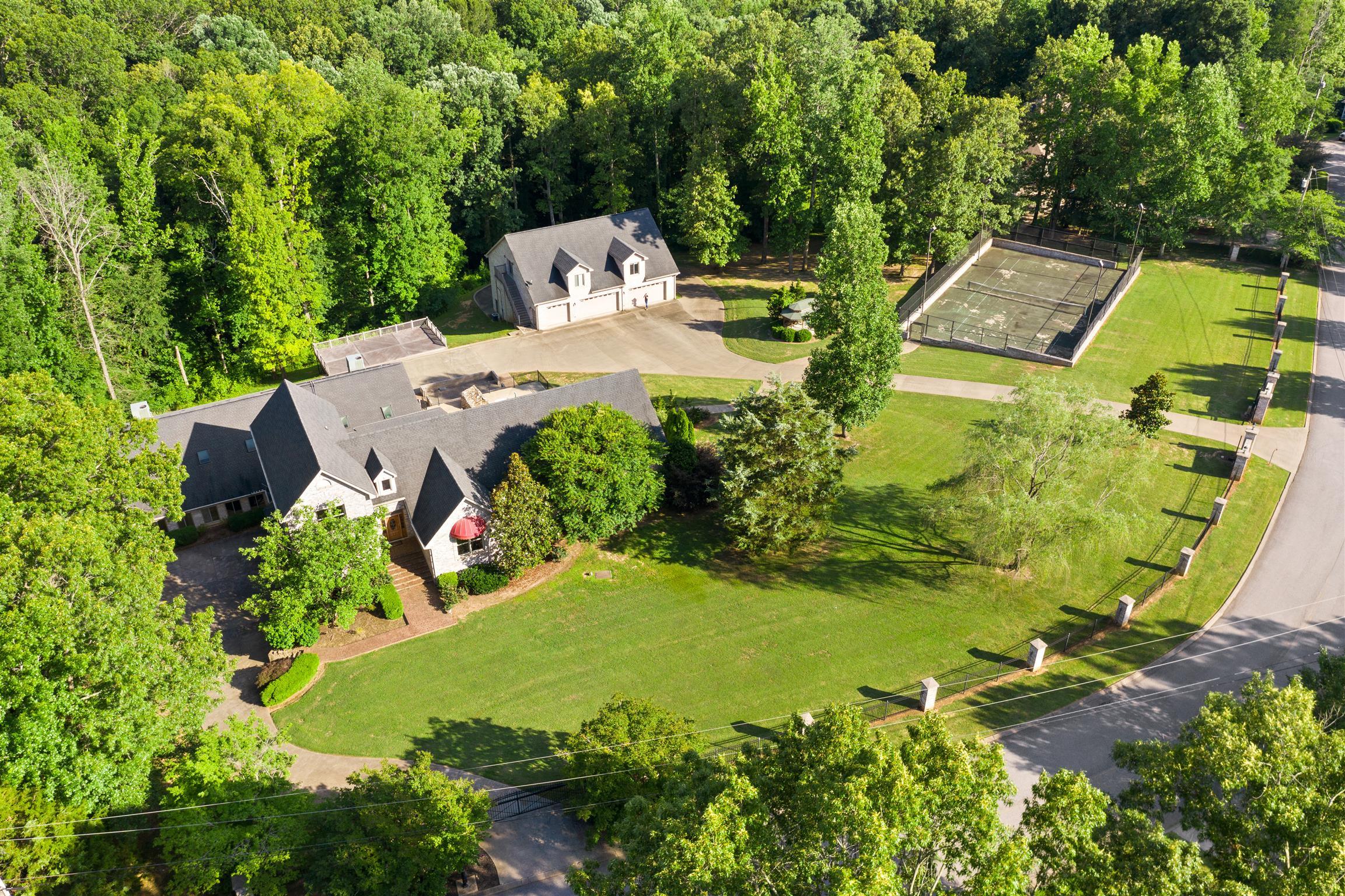4975 Shadowbend Cir, Clarksville, TN 37043 - Clarksville, TN real estate listing