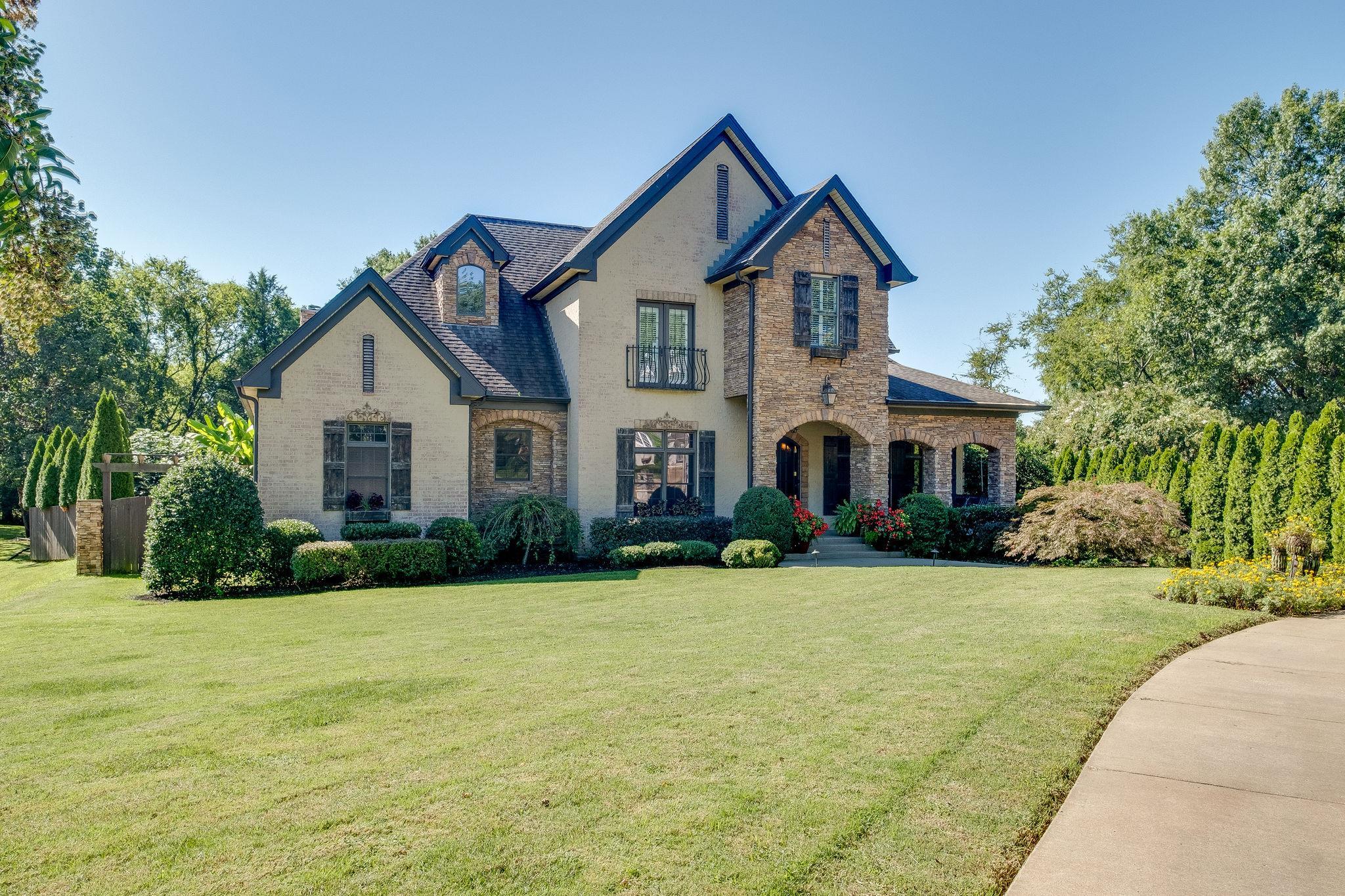 Blairwood Downs Real Estate Listings Main Image