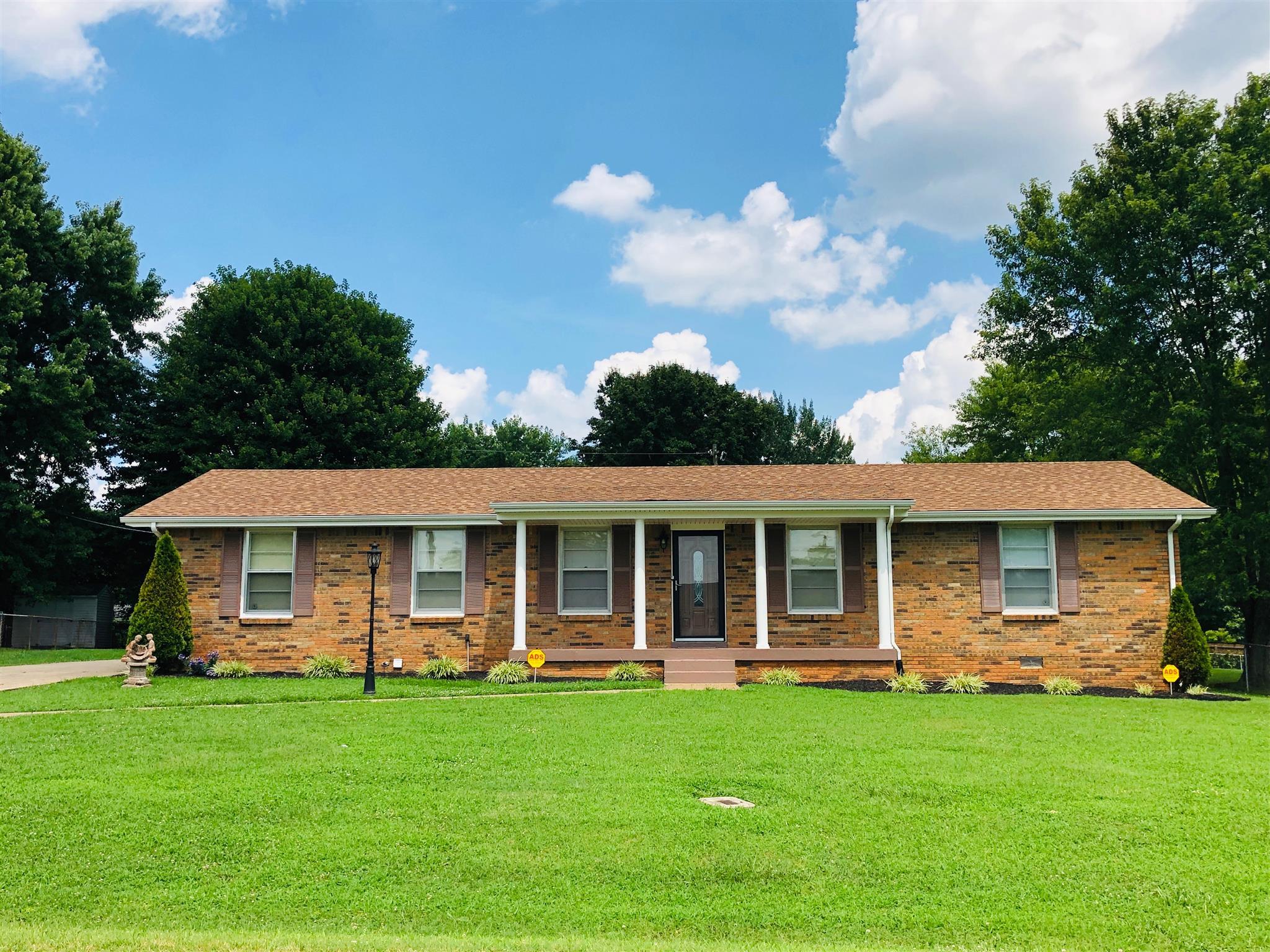 Birchwood Real Estate Listings Main Image