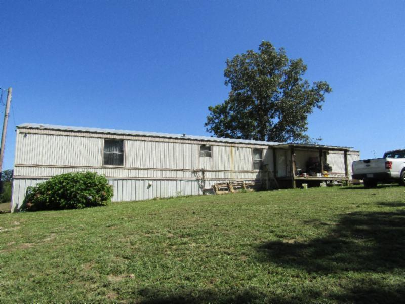 312 Ernie Hurst Road Property Photo - Deer Lodge, TN real estate listing