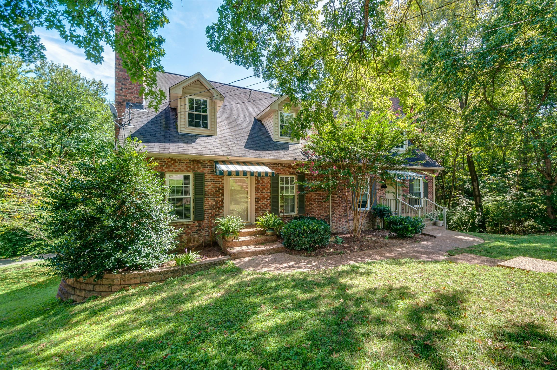 Brentwood Meadows Real Estate Listings Main Image