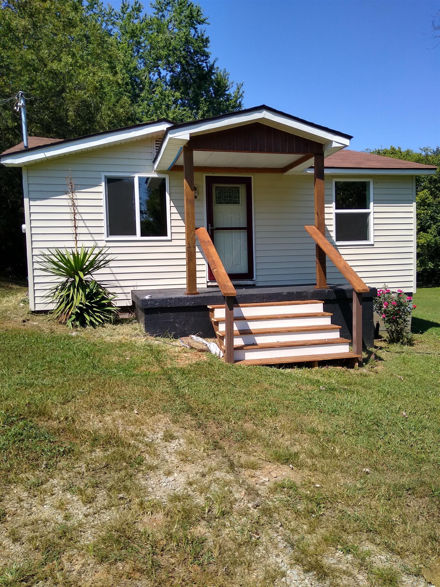 405 2Nd St N, Decherd, TN 37324 - Decherd, TN real estate listing