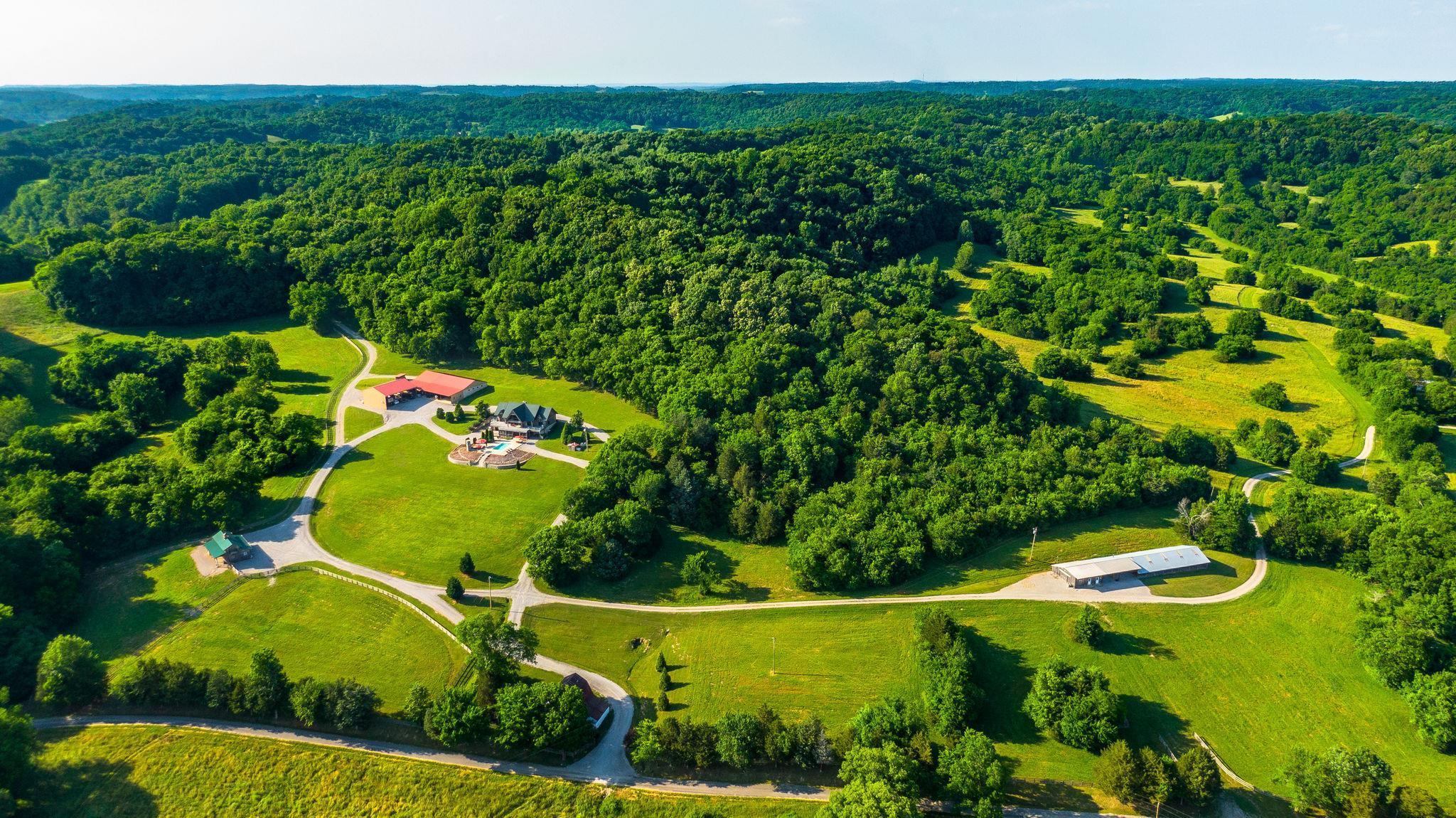 2482 Charlie Thomas Rd, Cornersville, TN 37047 - Cornersville, TN real estate listing