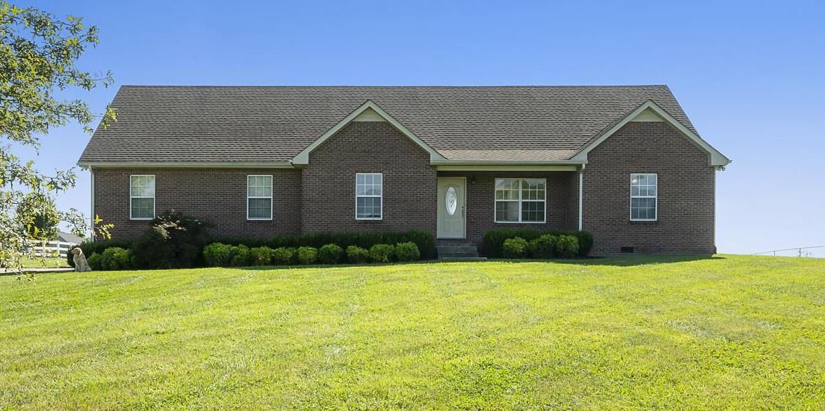 1010 Heritage Hills Dr, Cedar Hill, TN 37032 - Cedar Hill, TN real estate listing