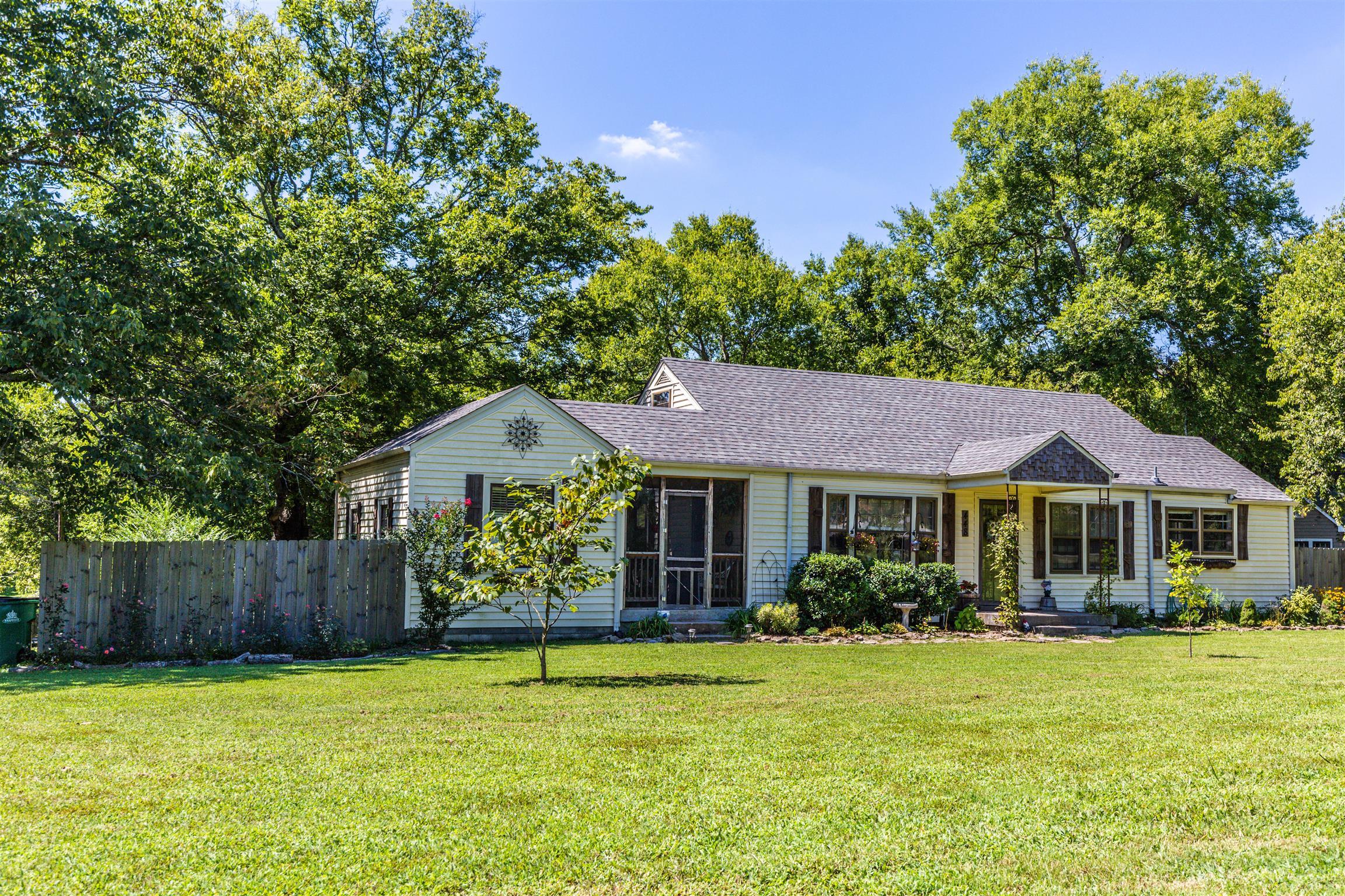448 E Due West Ave, Madison, TN 37115 - Madison, TN real estate listing