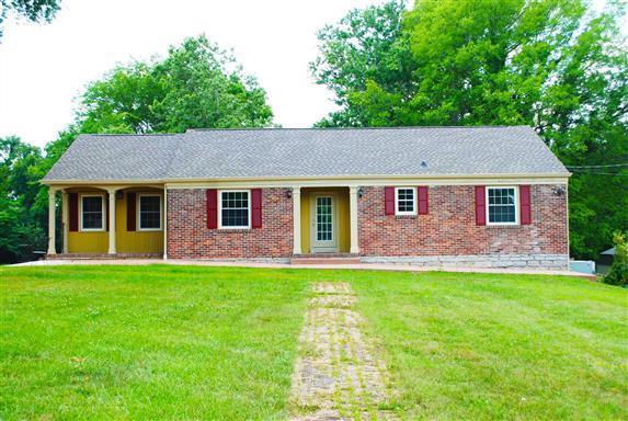 906 S Brittain St, Shelbyville, TN 37160 - Shelbyville, TN real estate listing
