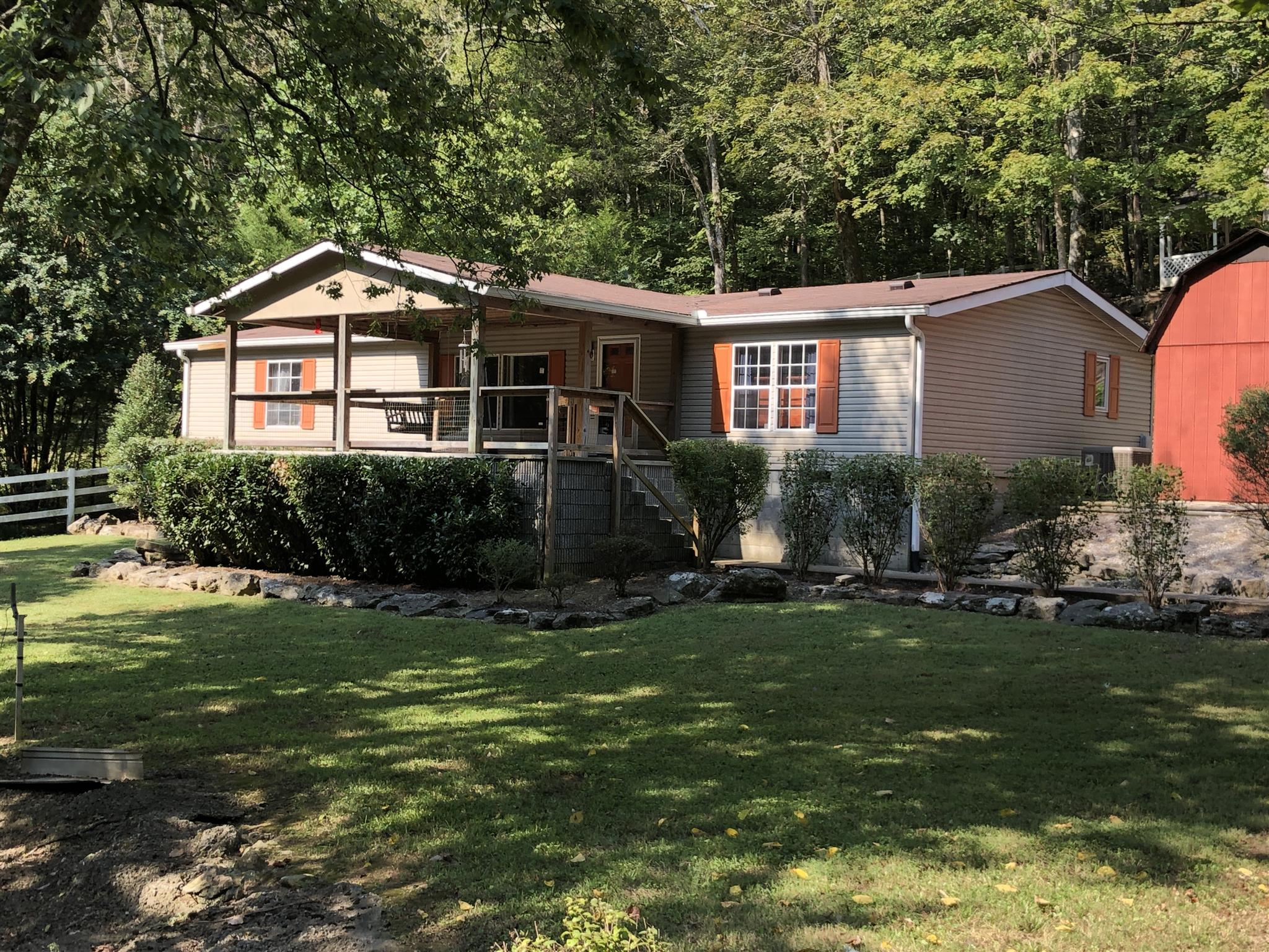 1401 Duffer Hollow Rd, Bethpage, TN 37022 - Bethpage, TN real estate listing