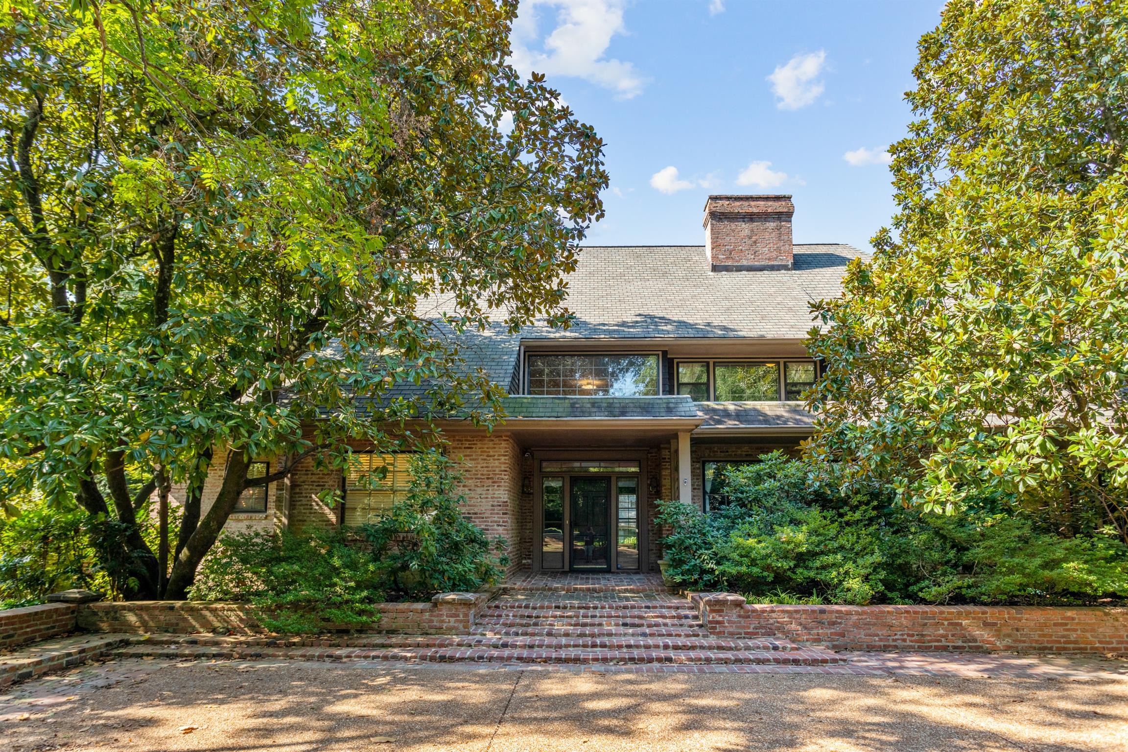 4411 Tyne Blvd, Nashville, TN 37215 - Nashville, TN real estate listing