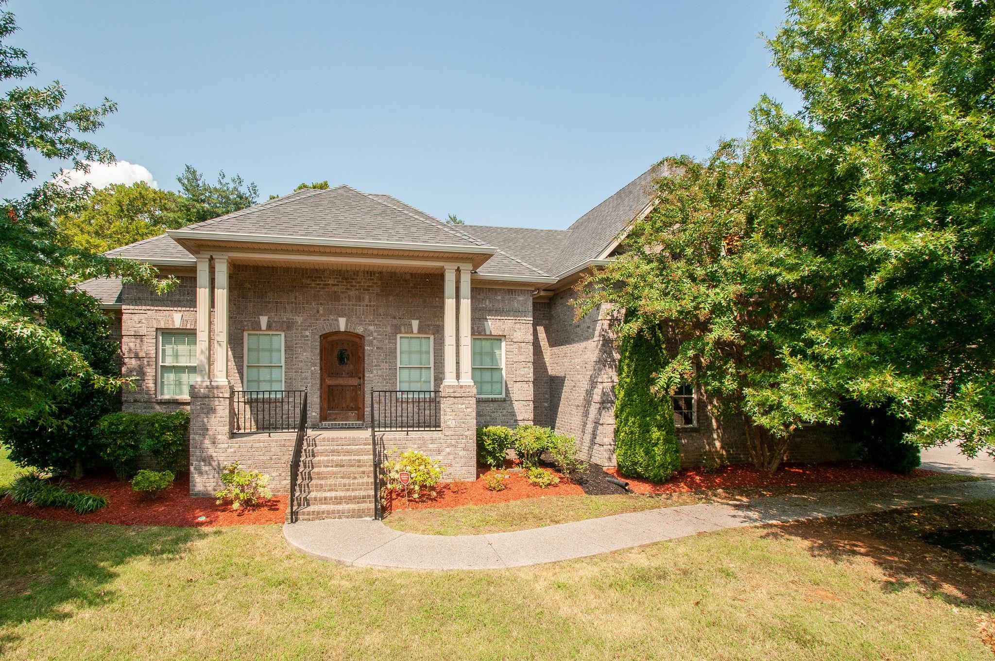 213 Valley Bend Dr, Nashville, TN 37214 - Nashville, TN real estate listing