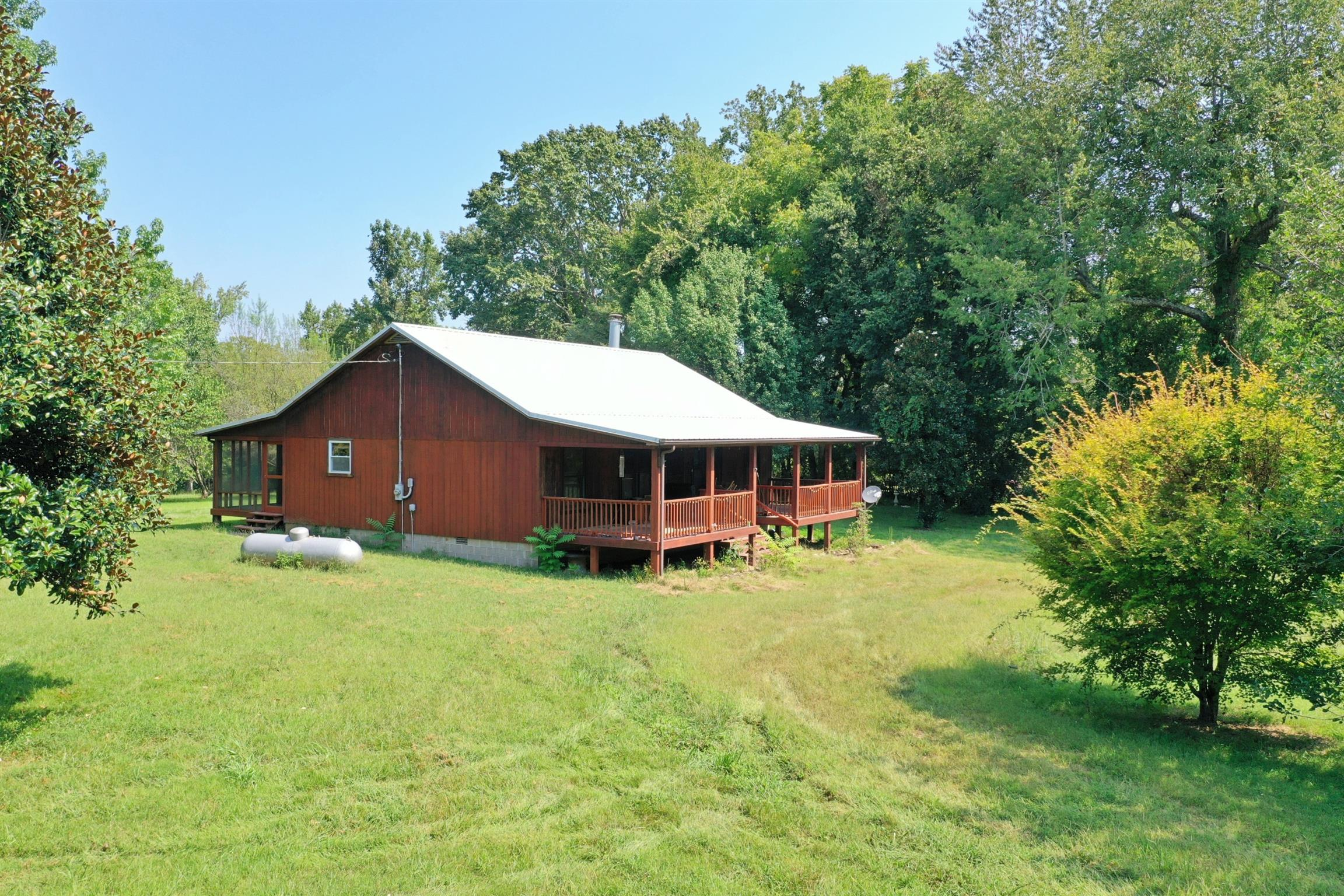 1902 Whitwell Cemetery Rd, Linden, TN 37096 - Linden, TN real estate listing