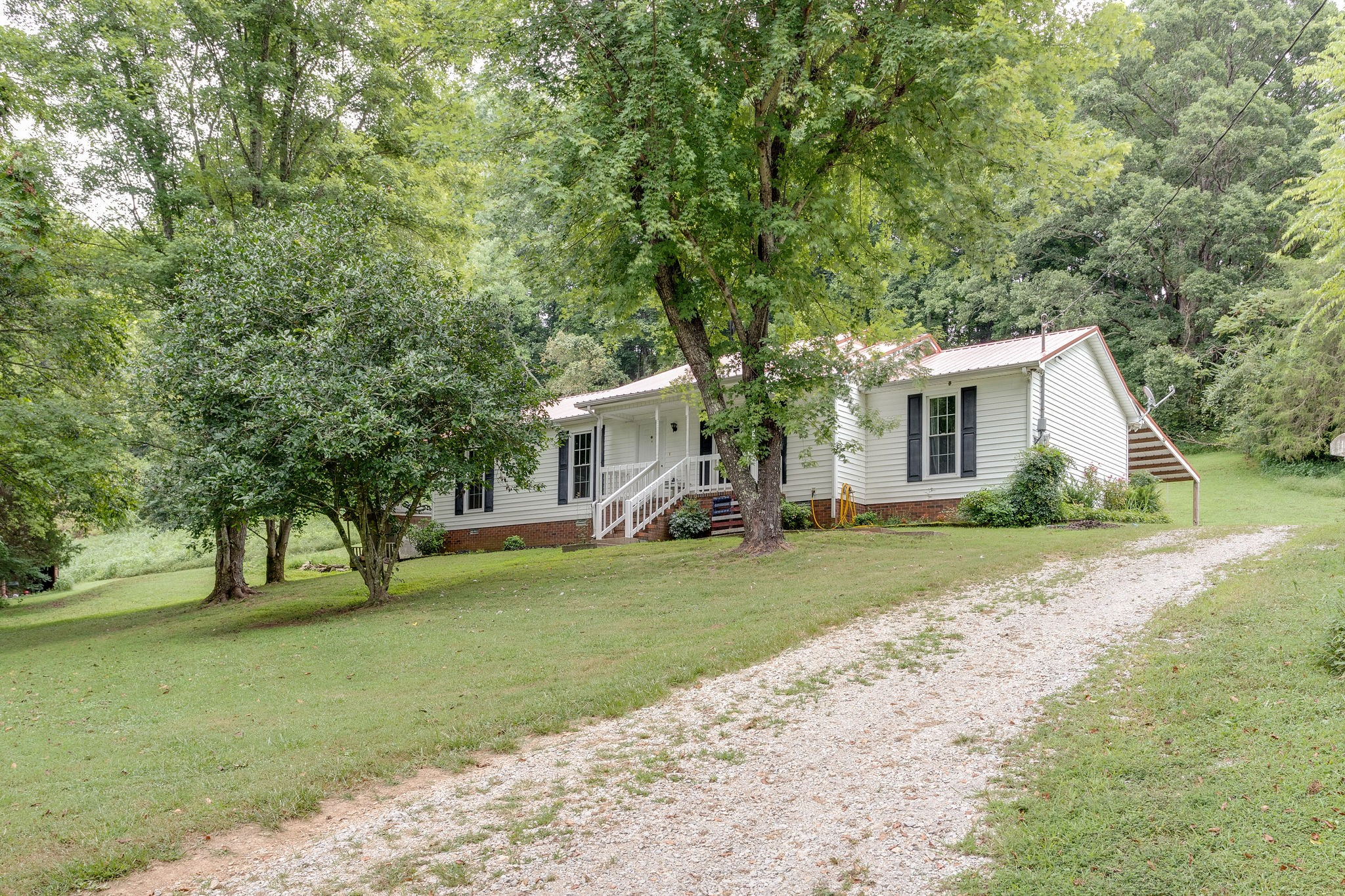16864 Columbia Hwy, Lynnville, TN 38472 - Lynnville, TN real estate listing