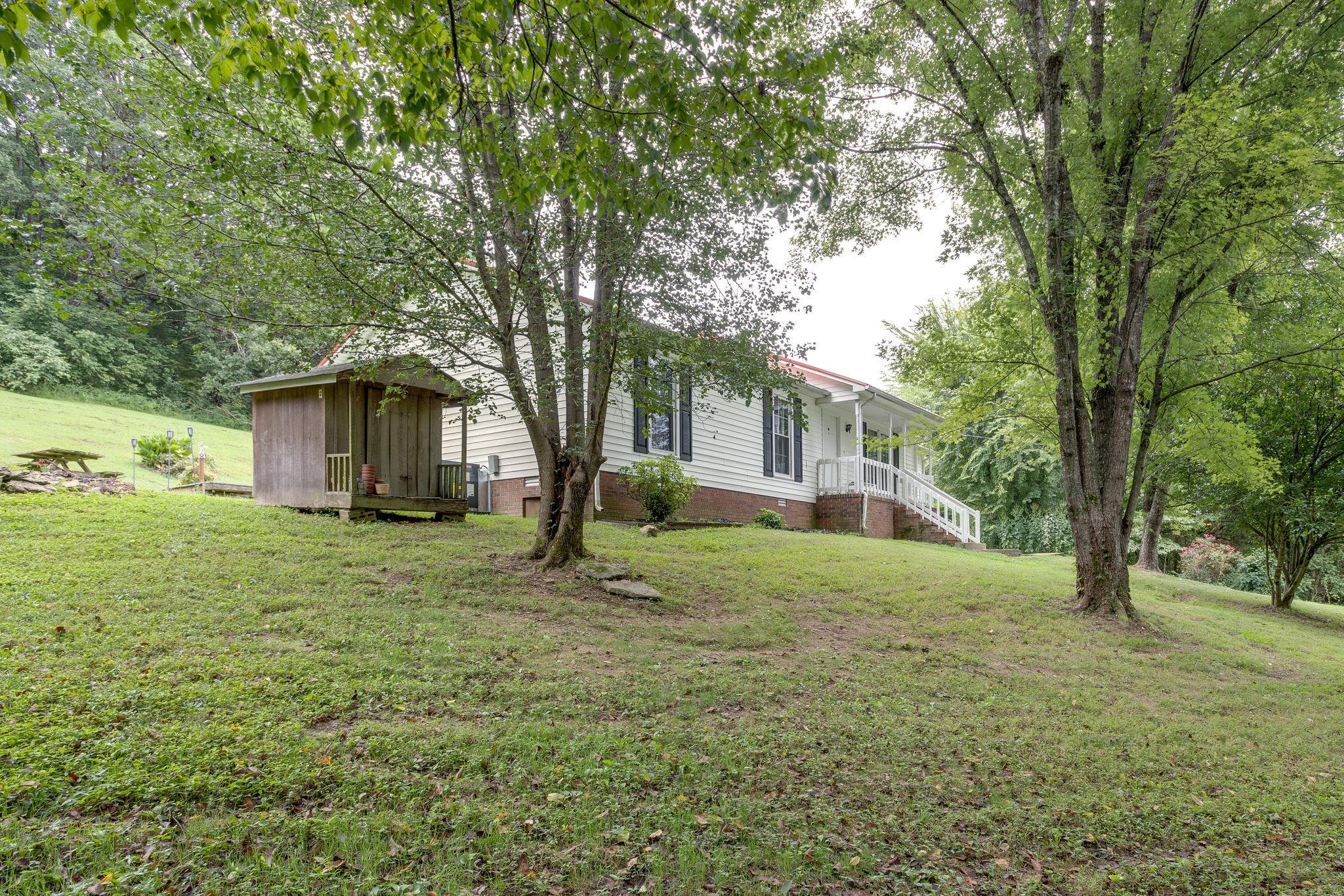 16864 Columbia Hwy, Lynnville, TN 38472 - Lynnville, TN real estate listing