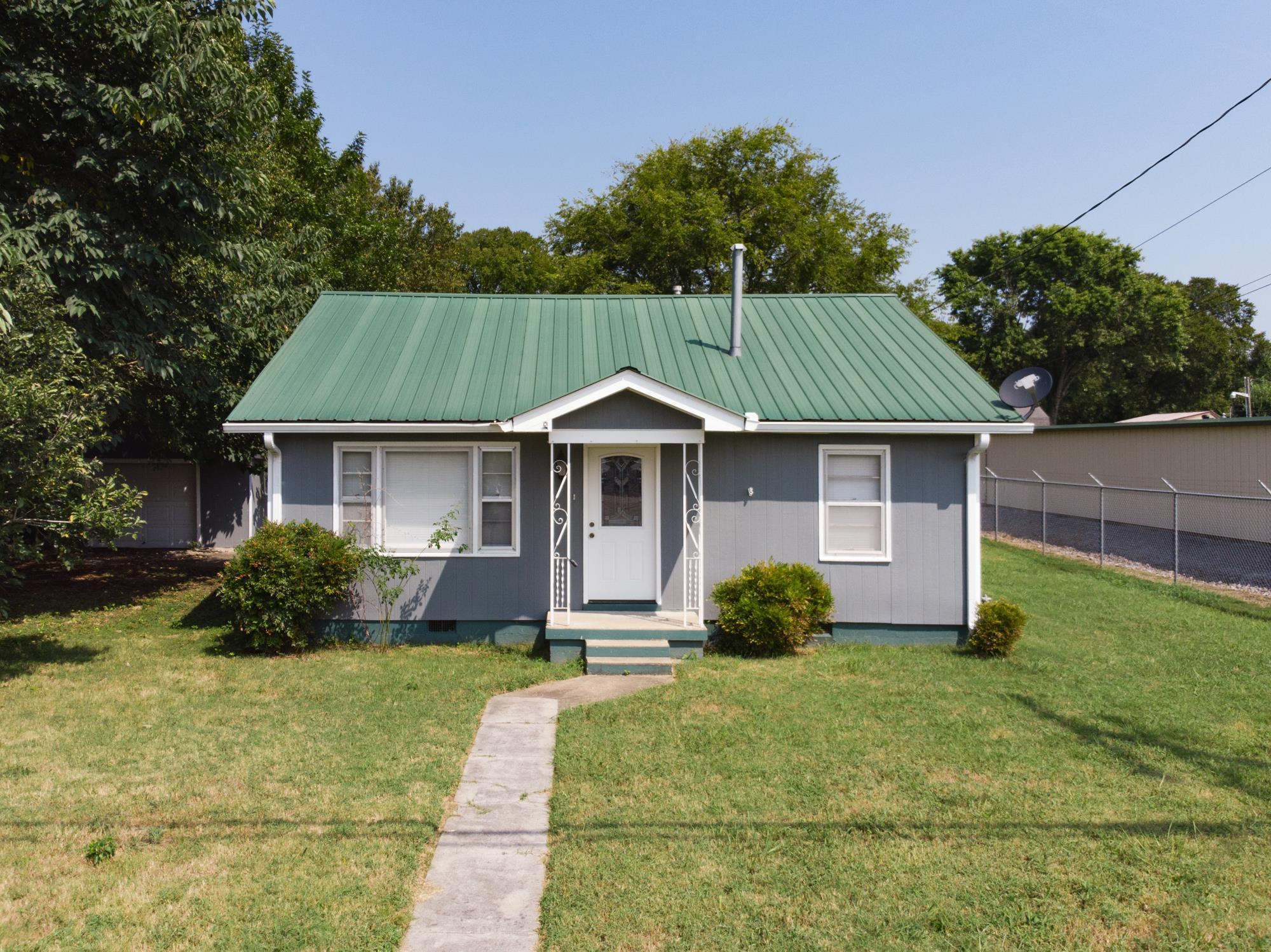 37184 Real Estate Listings Main Image