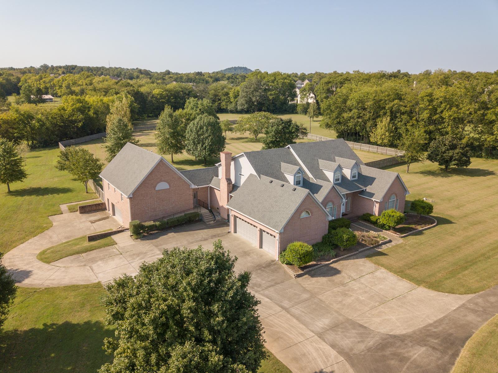 166 Saint Blaise Ct, Gallatin, TN 37066 - Gallatin, TN real estate listing