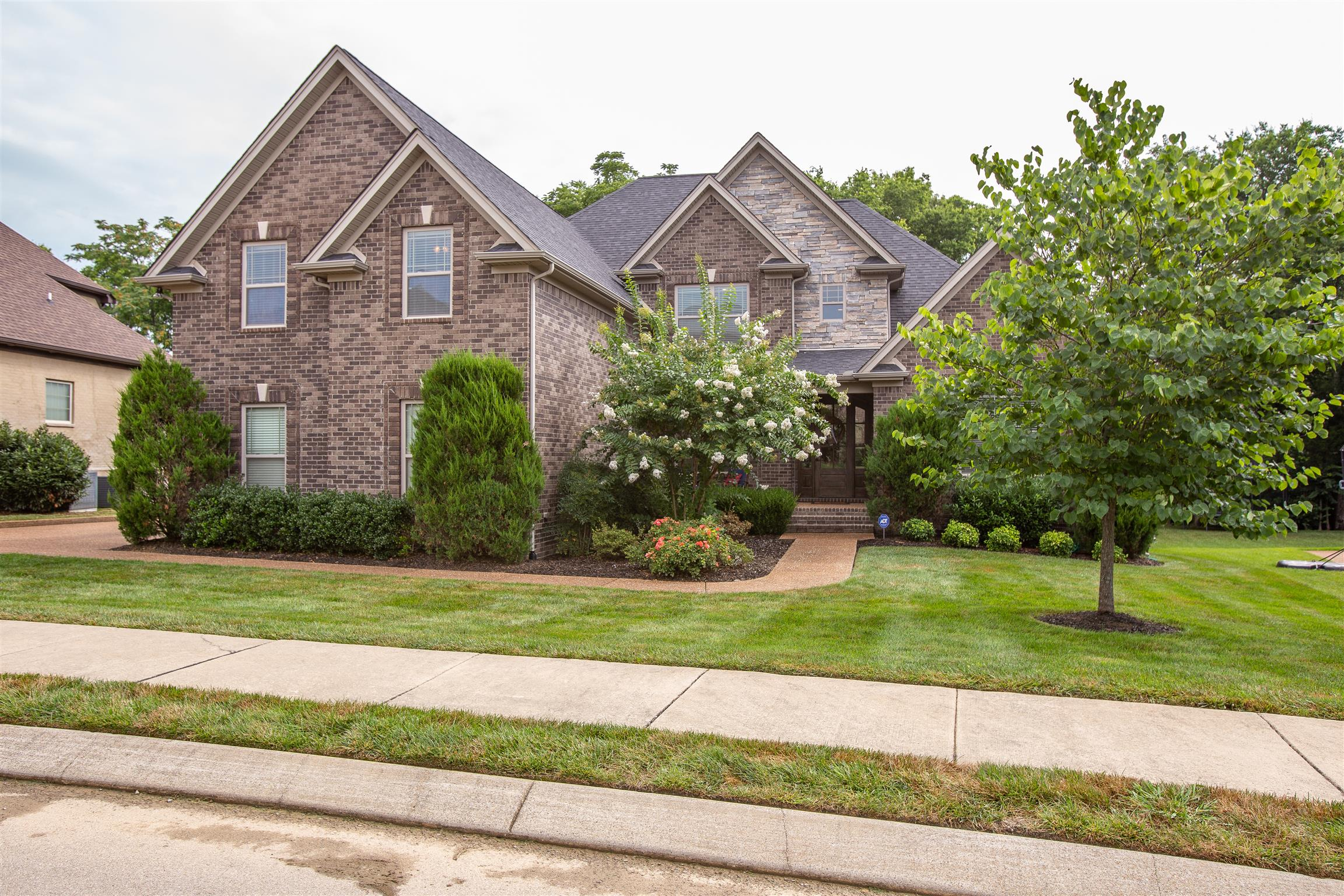 2034 Brisbane Dr, Spring Hill, TN 37174 - Spring Hill, TN real estate listing