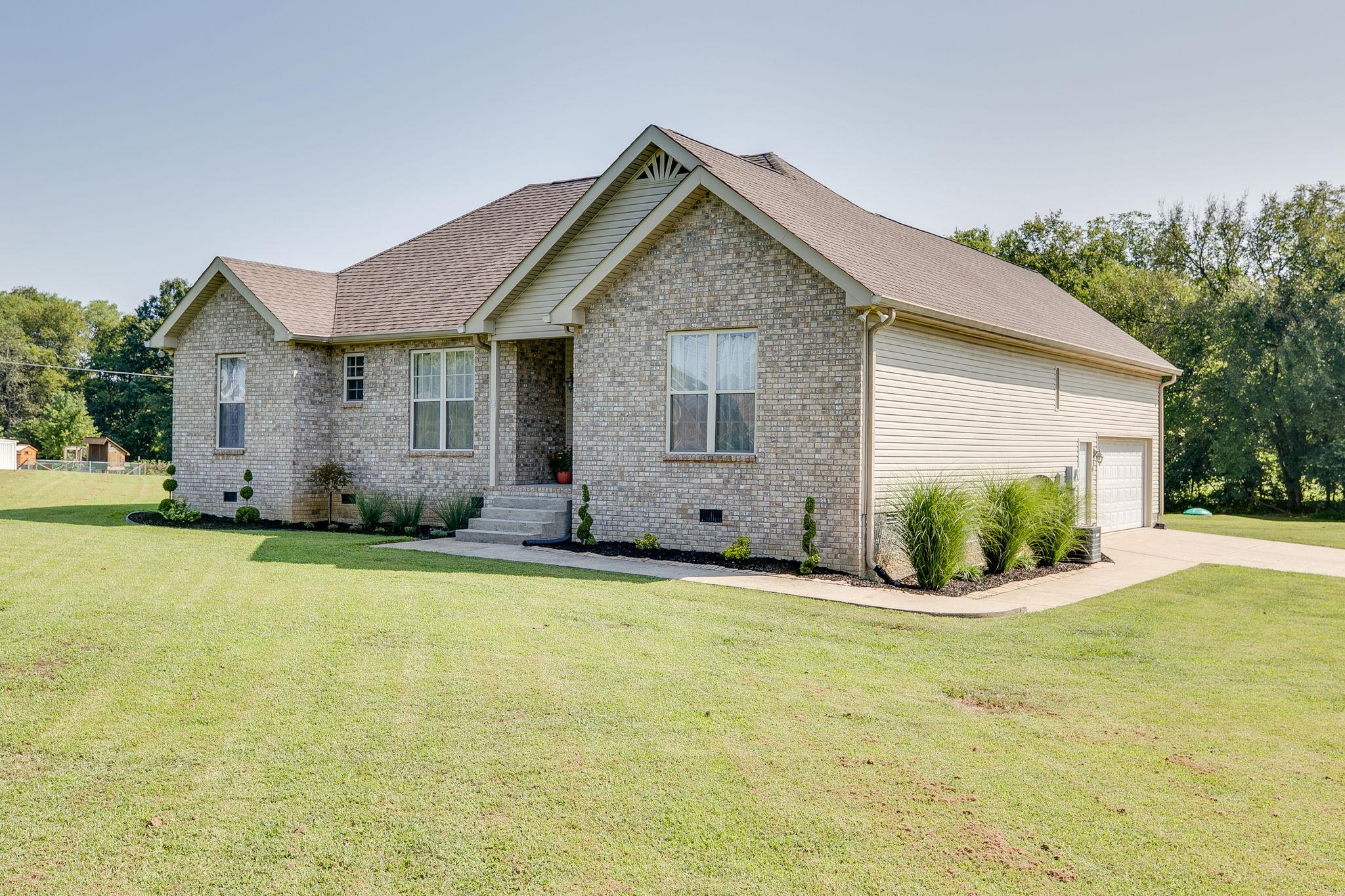 840 Rankin Rd, Castalian Springs, TN 37031 - Castalian Springs, TN real estate listing
