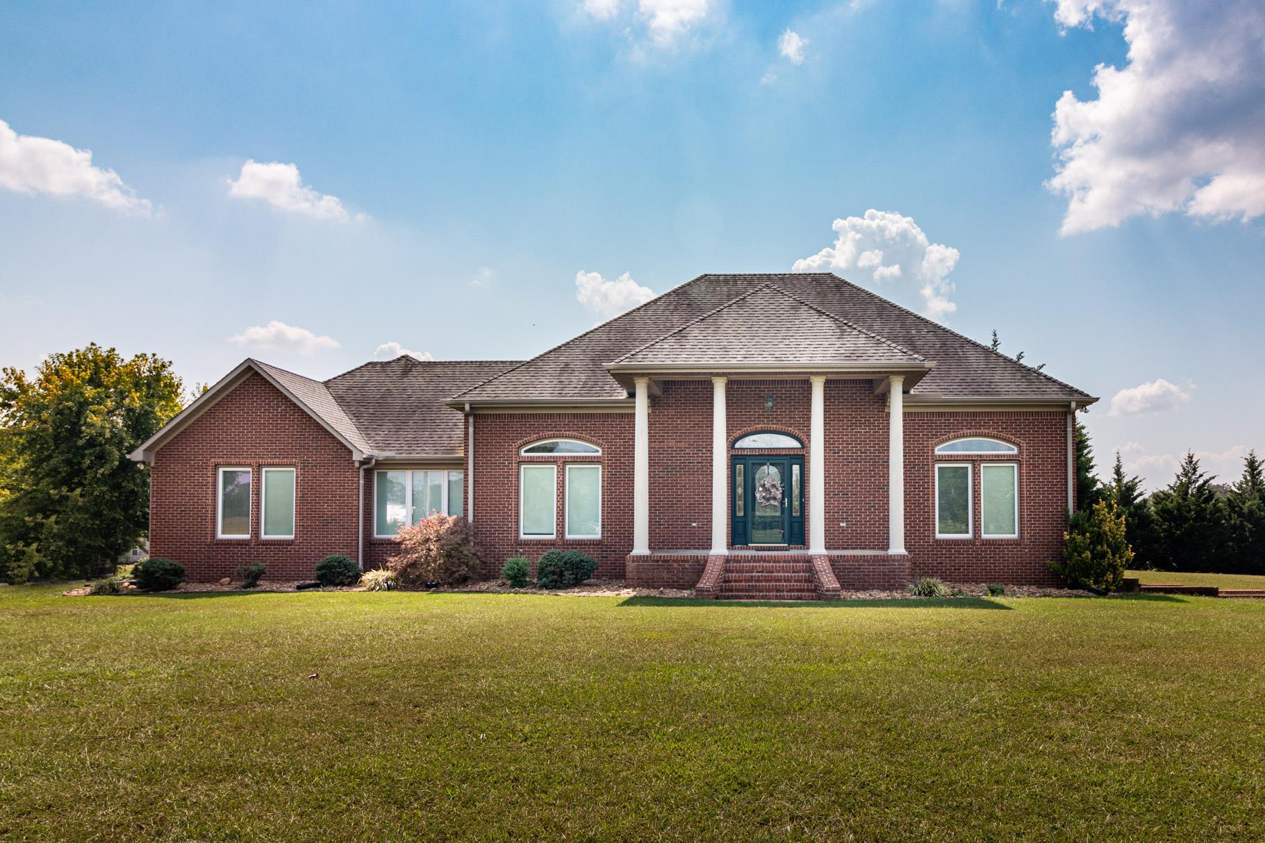 116 Augustine Dr, E, Loretto, TN 38469 - Loretto, TN real estate listing