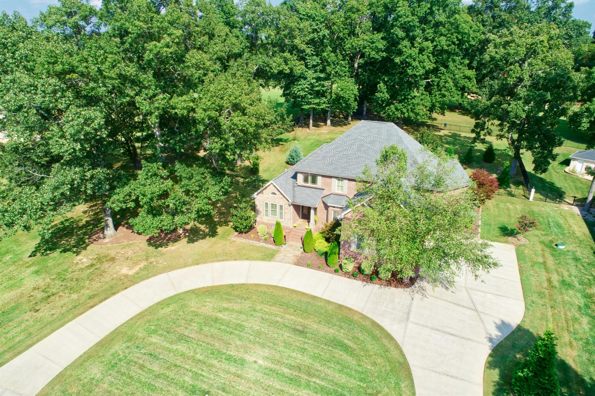 4183 Ironwood Dr, Greenbrier, TN 37073 - Greenbrier, TN real estate listing