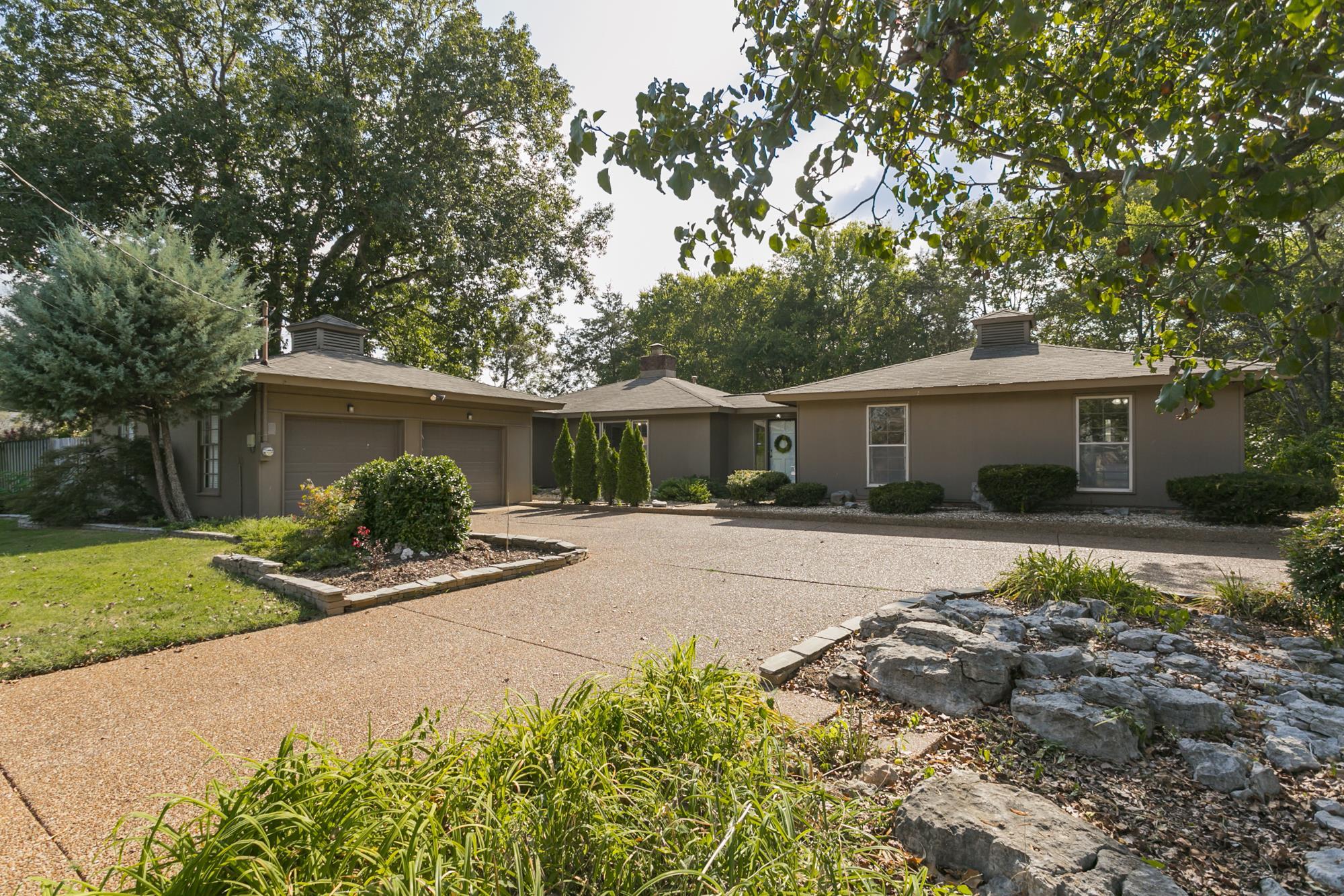 109 Lakeside Ct, Nashville, TN 37217 - Nashville, TN real estate listing