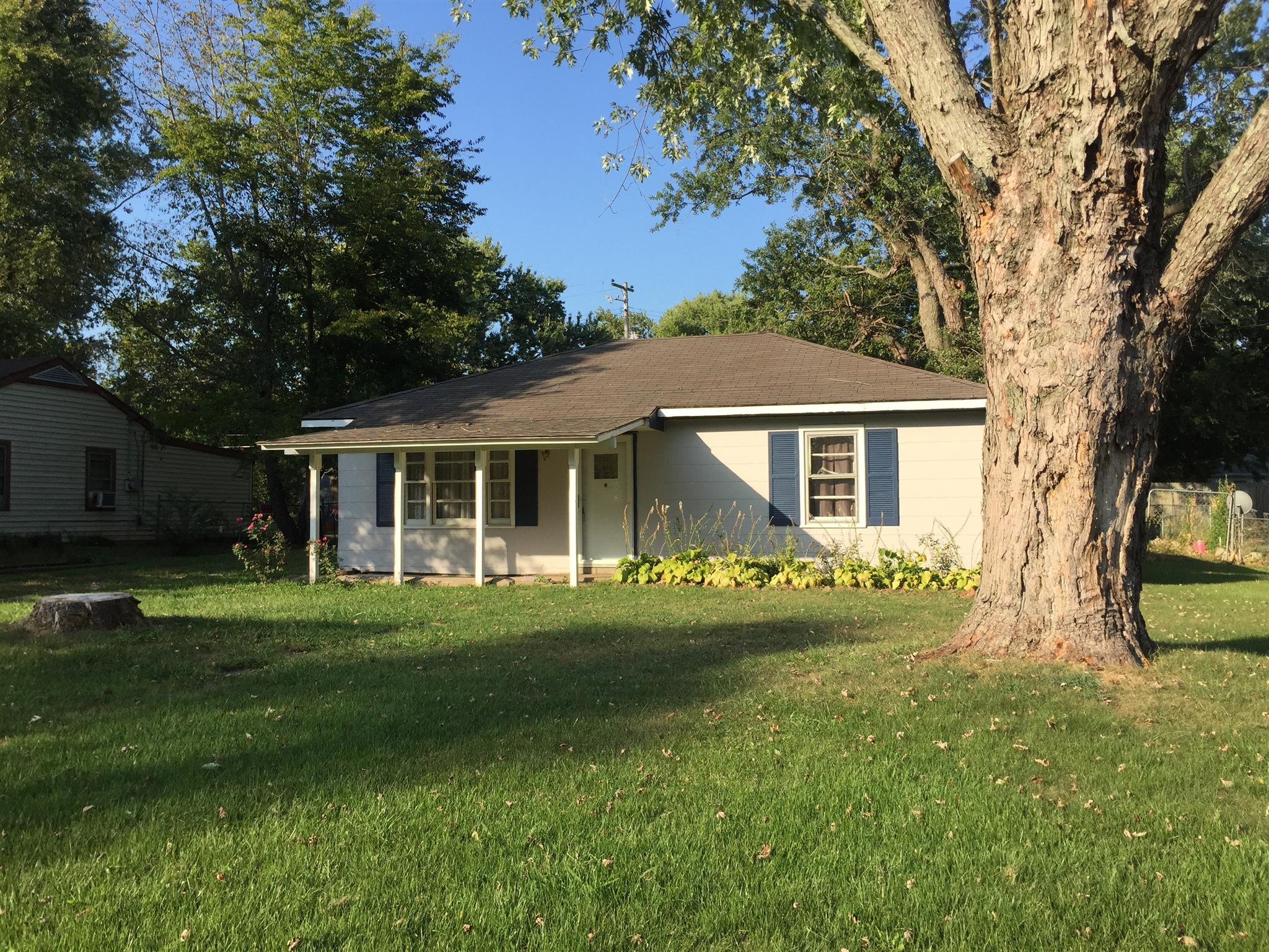 1722 Mosely Dr, Hopkinsville, KY 42240 - Hopkinsville, KY real estate listing