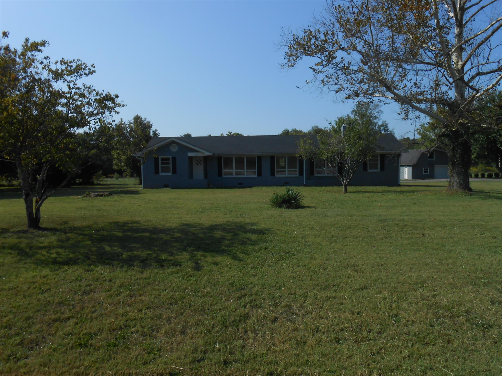 3110 Hartsville Pike, Castalian Springs, TN 37031 - Castalian Springs, TN real estate listing