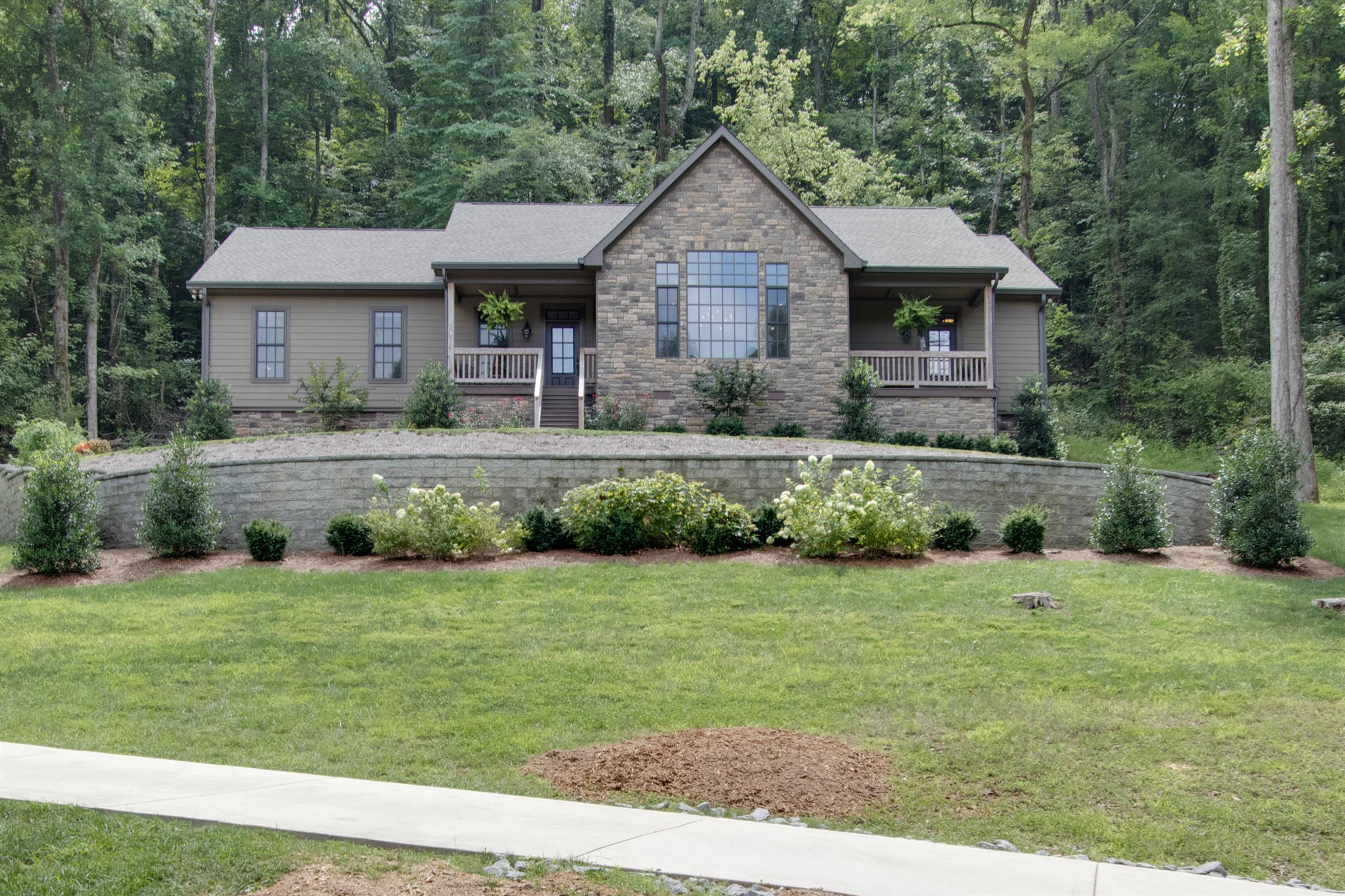 178 Baymont Dr, Lancaster, TN 38569 - Lancaster, TN real estate listing