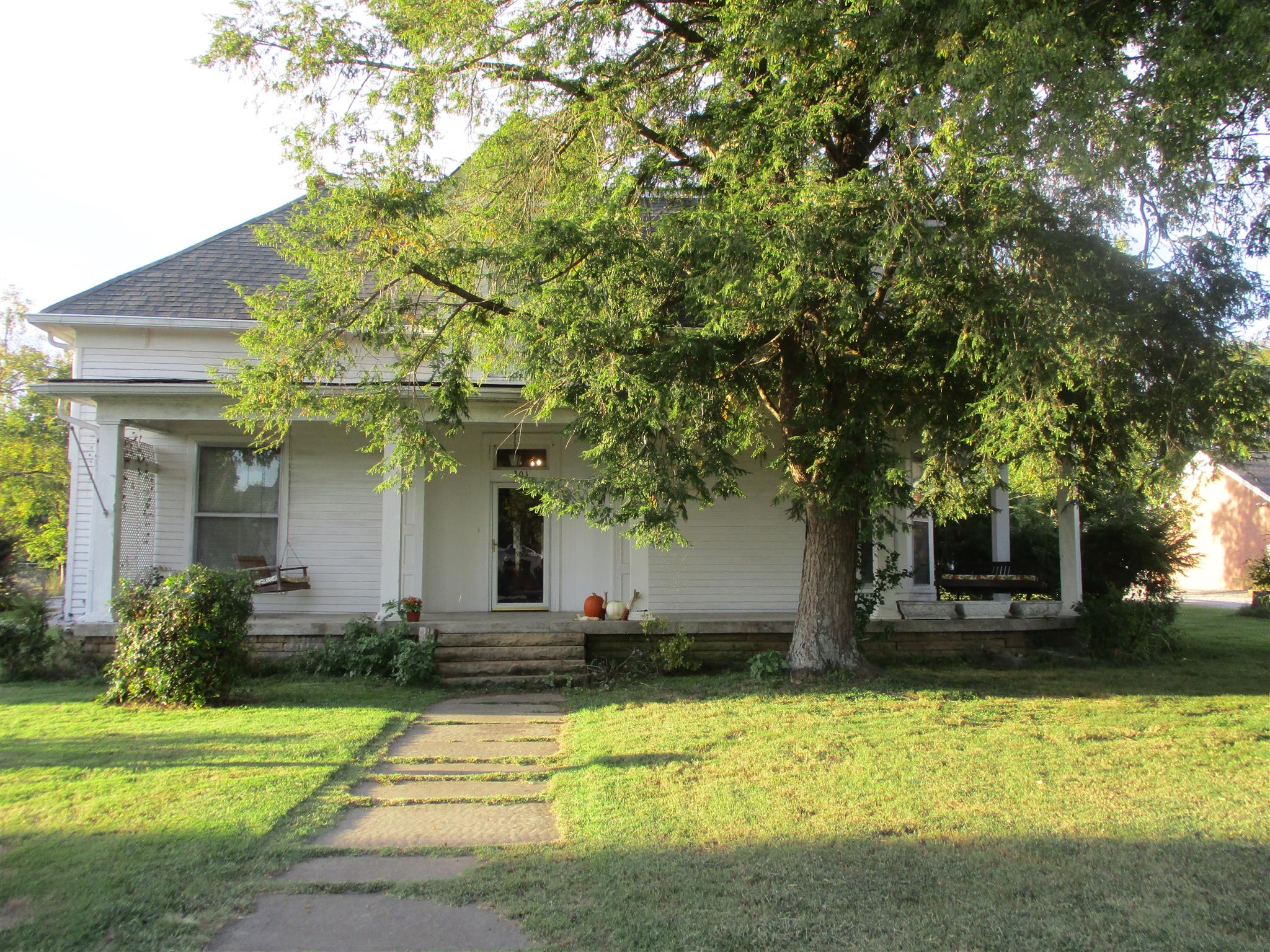 301 W Main St, Watertown, TN 37184 - Watertown, TN real estate listing