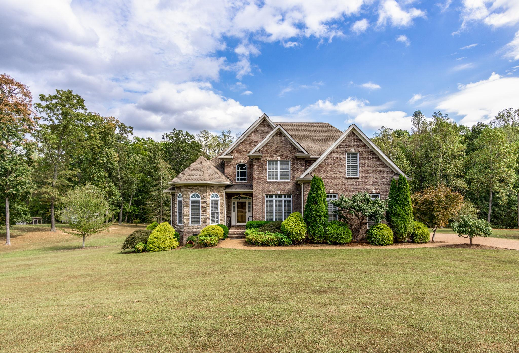 8526 Fairview Ln , Bon Aqua, TN 37025 - Bon Aqua, TN real estate listing