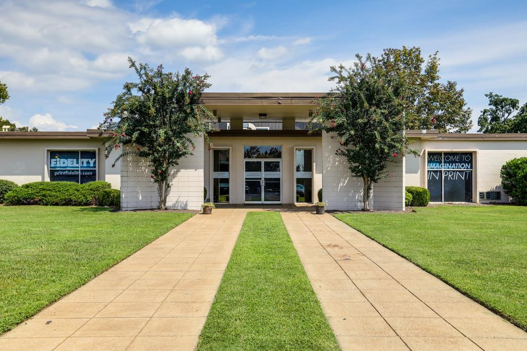 370 Cumberland Property Photo - Madison, TN real estate listing