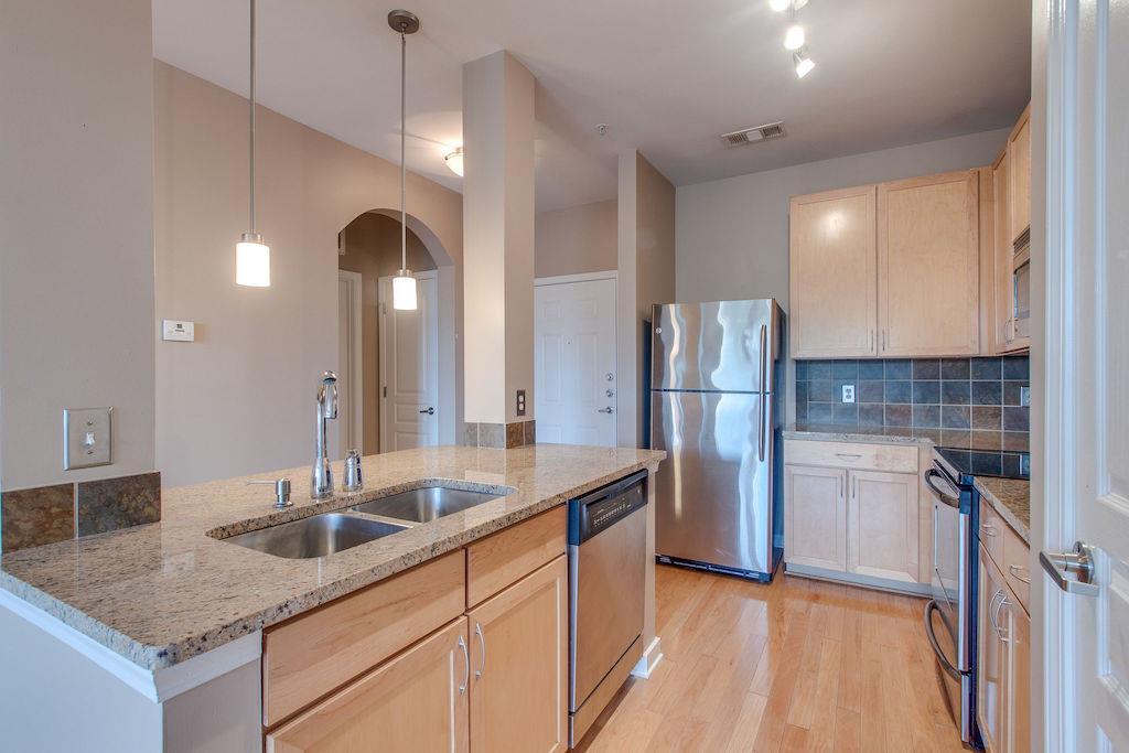 3000 VANDERBILT PL APT 327, Nashville, TN 37212 - Nashville, TN real estate listing