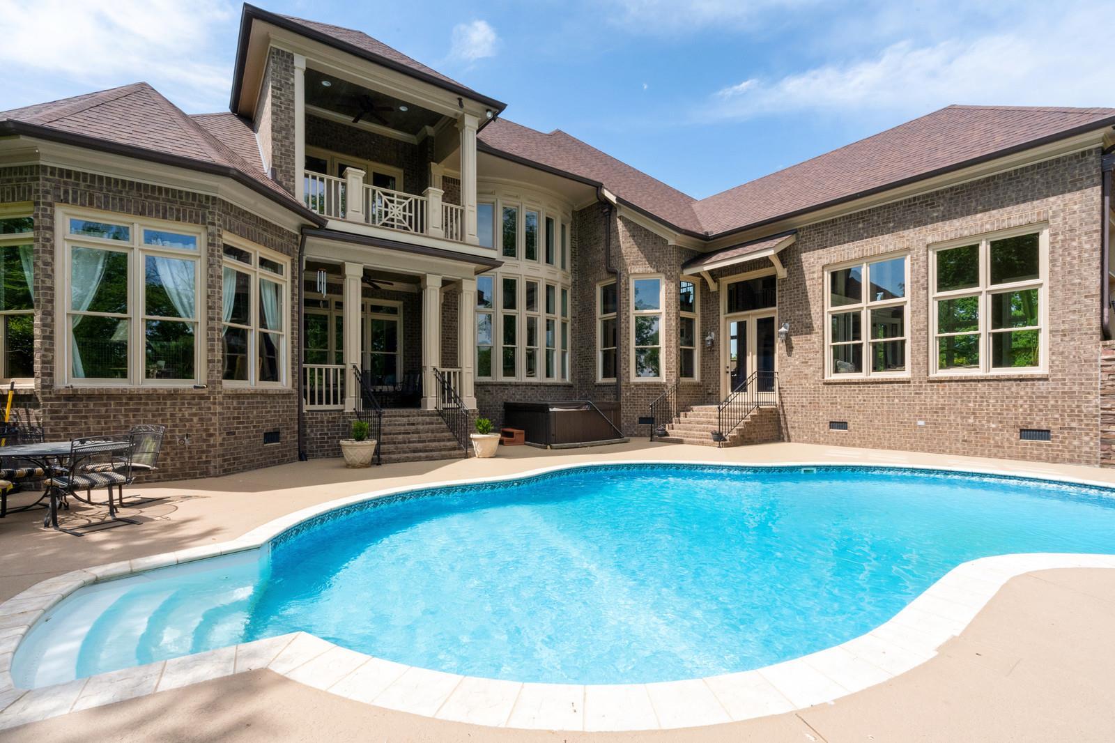Arrington Vinyards Area Real Estate Listings Main Image