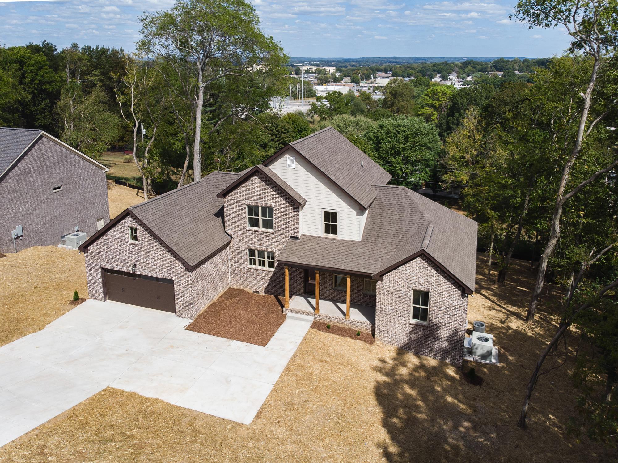 2108 Alpine Drive, Columbia, TN 38401 - Columbia, TN real estate listing