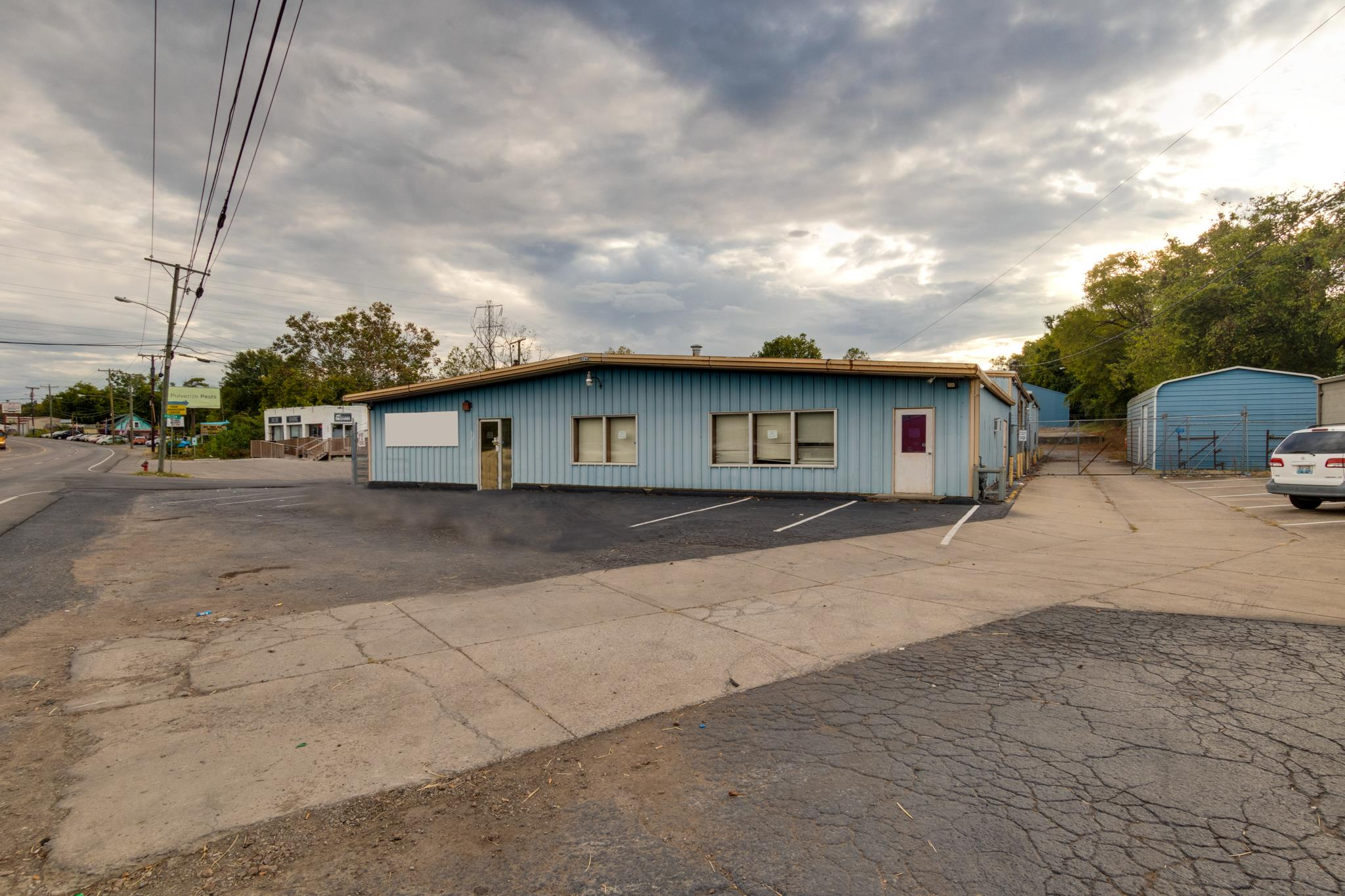 2405 Dickerson Pike Property Photo - Nashville, TN real estate listing