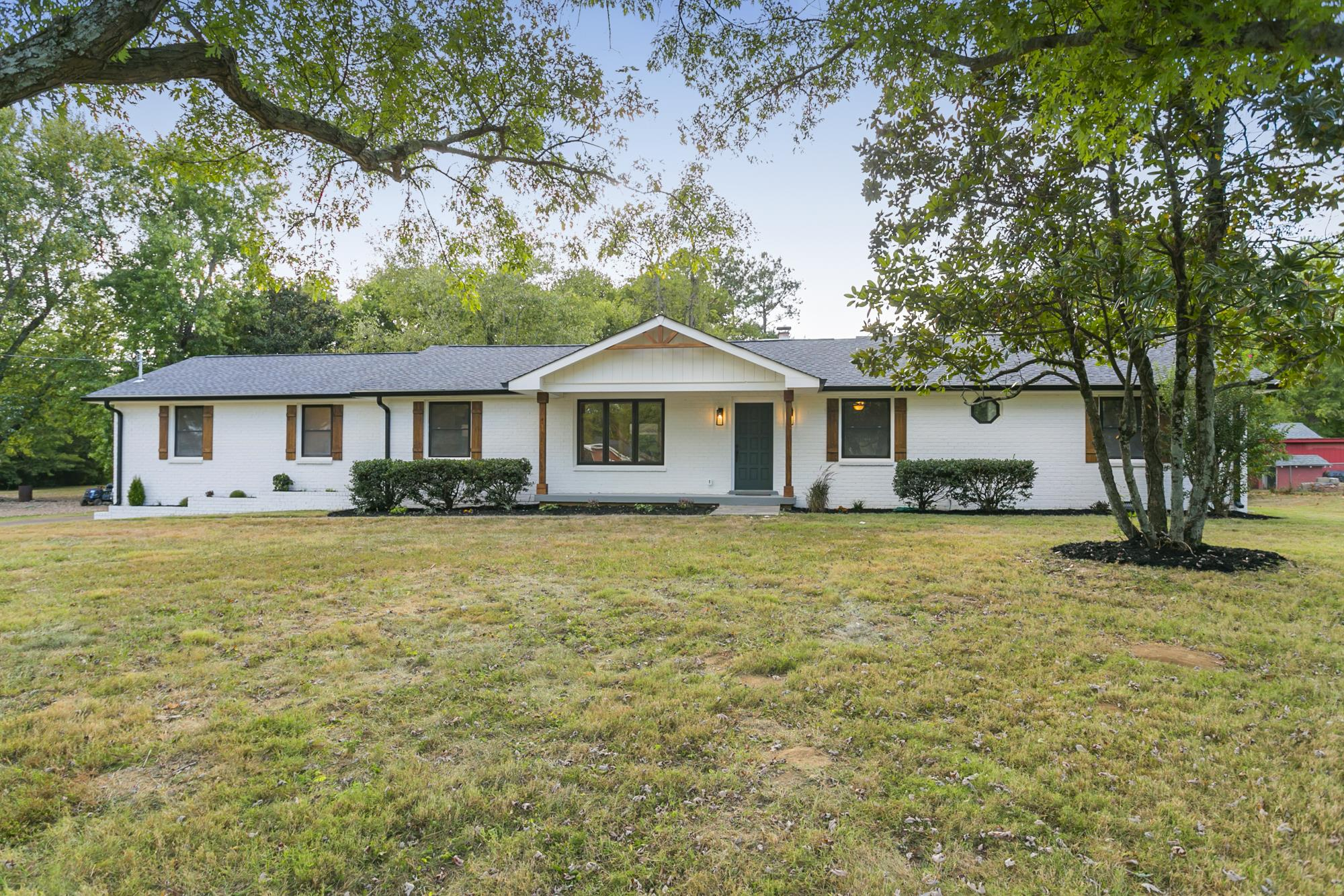 6133 Beals Ln, Nashville, TN 37218 - Nashville, TN real estate listing