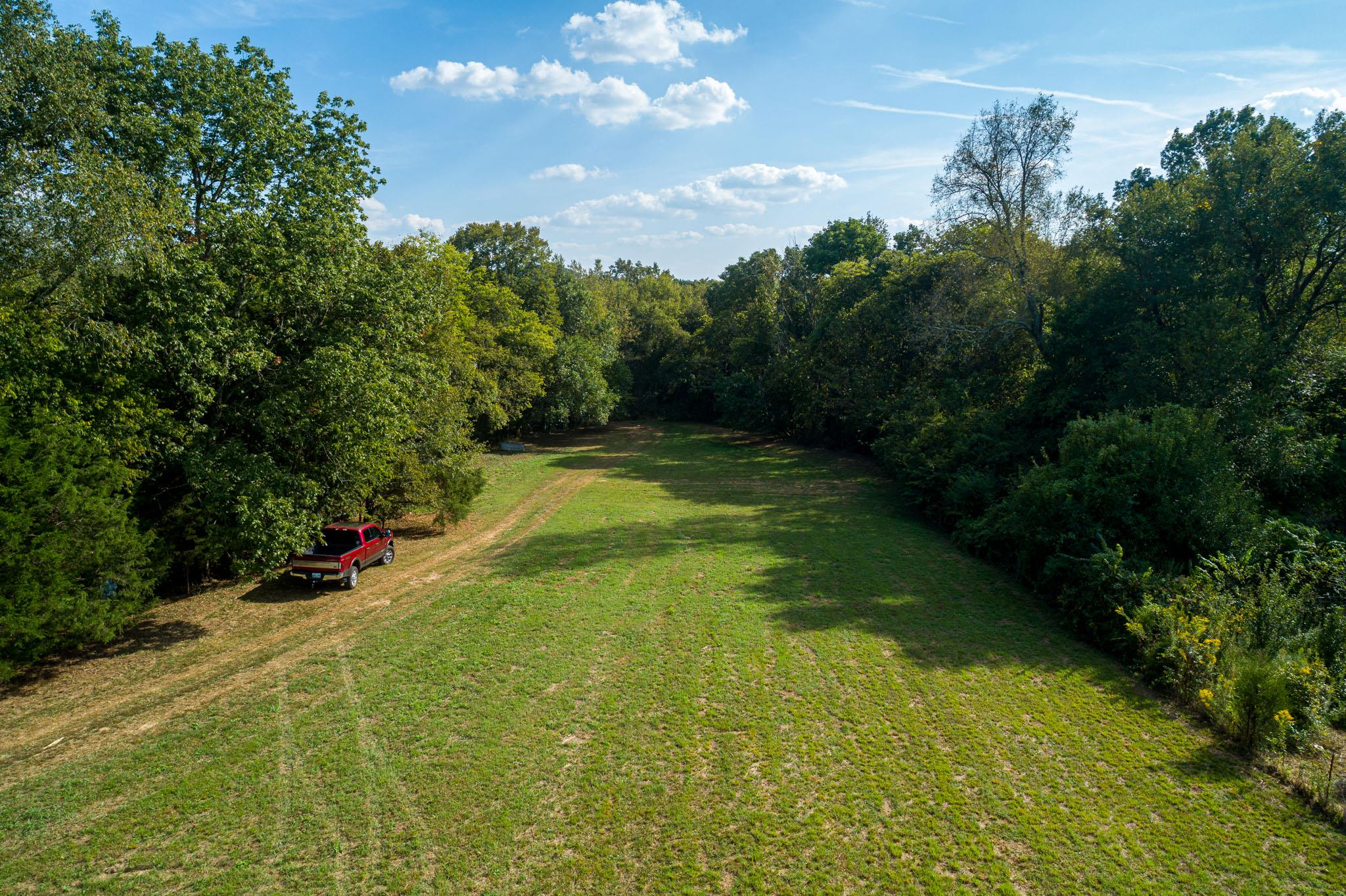 0 Chipman Rd Property Photo - Bethpage, TN real estate listing