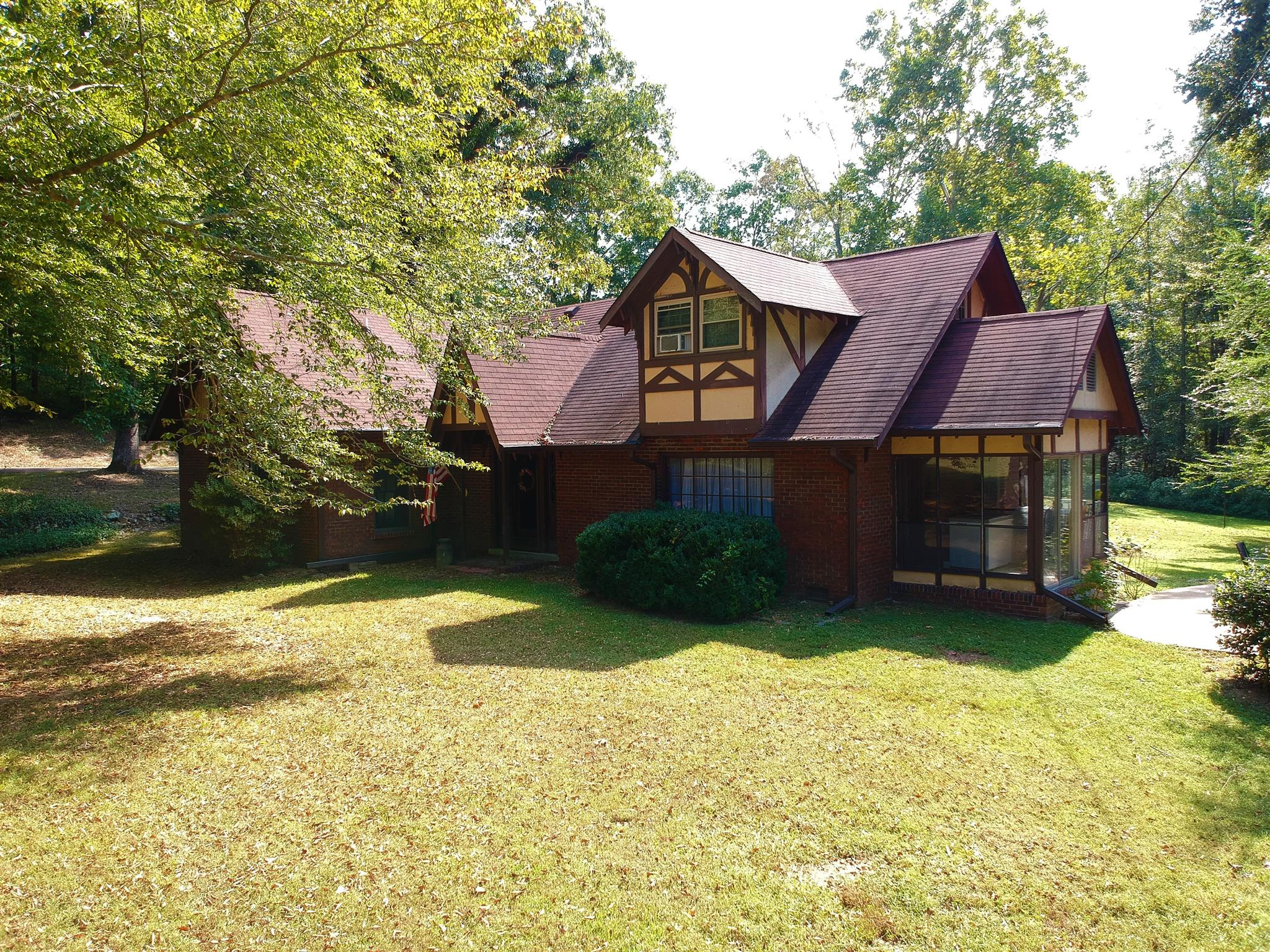 1329 Fall River Rd, Goodspring, TN 38460 - Goodspring, TN real estate listing