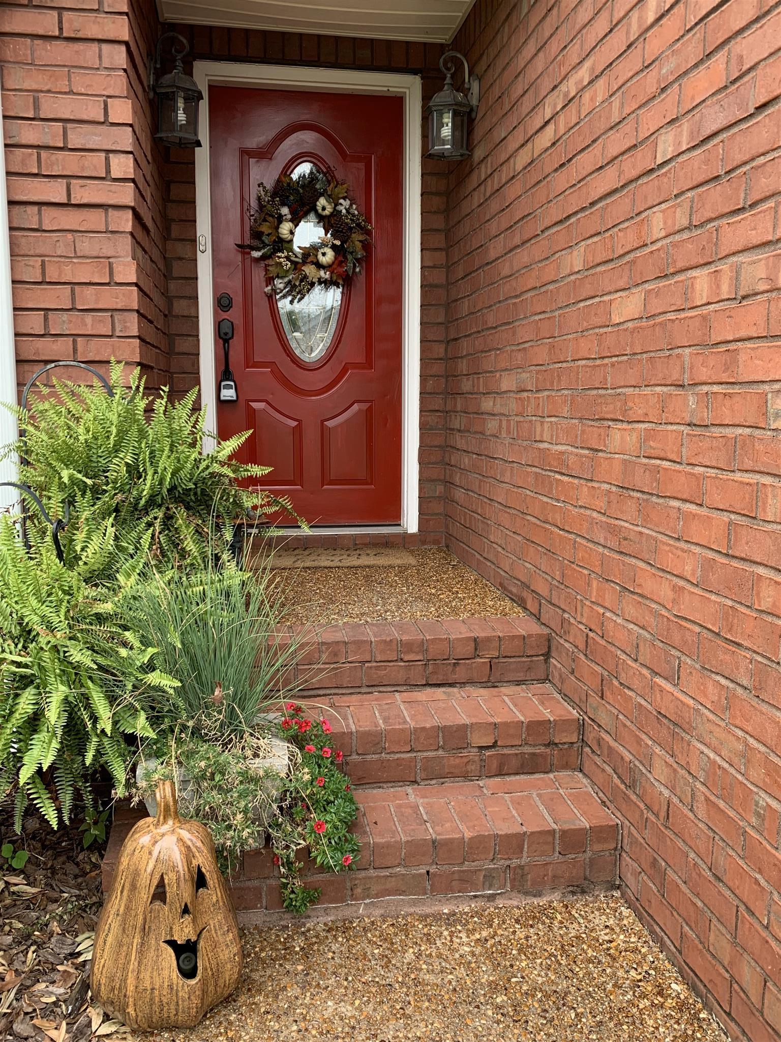 122 Hummingbird Hill Ct, Westmoreland, TN 37186 - Westmoreland, TN real estate listing